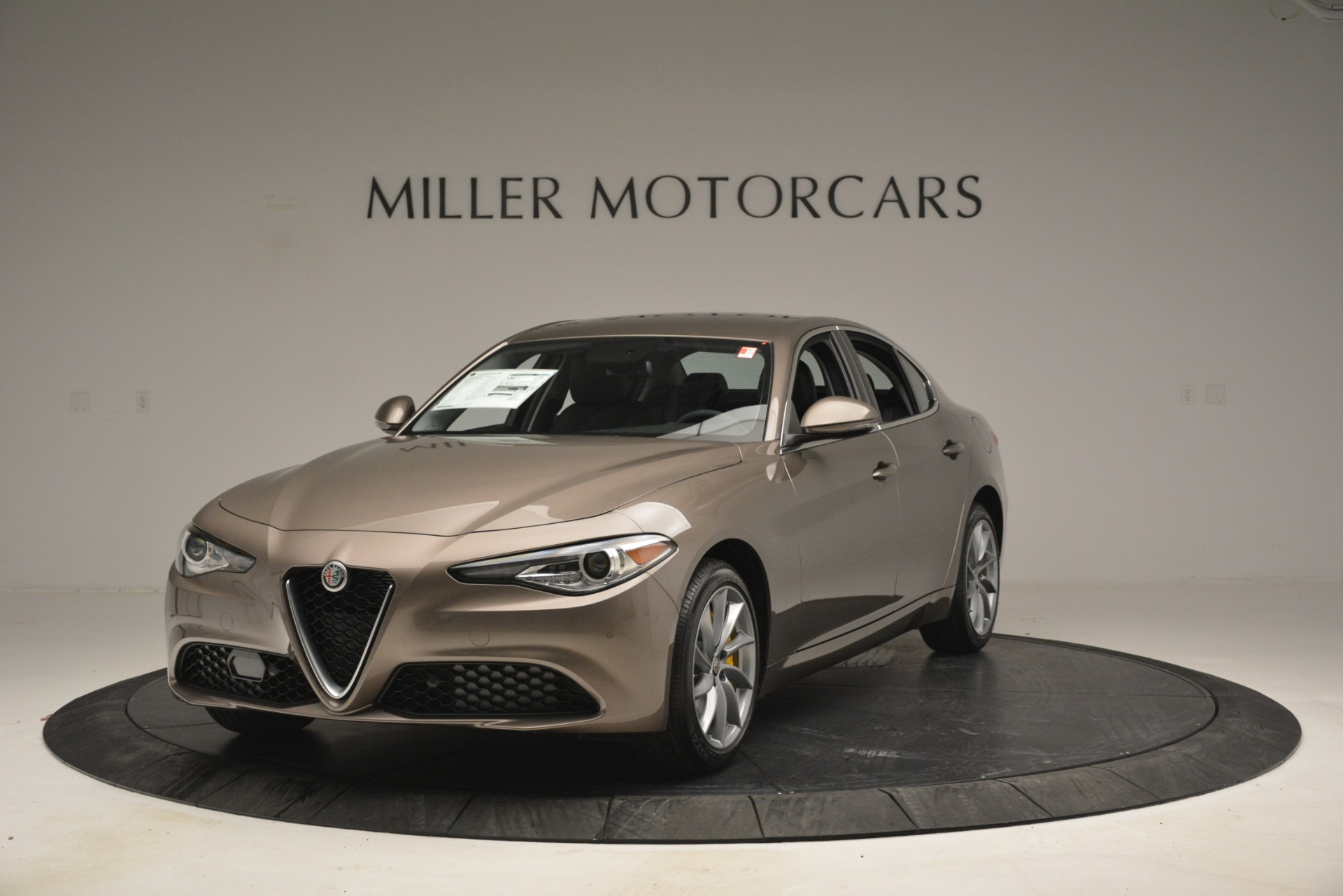 New 2019 Alfa Romeo Giulia Q4 For Sale In Westport, CT 2947_main