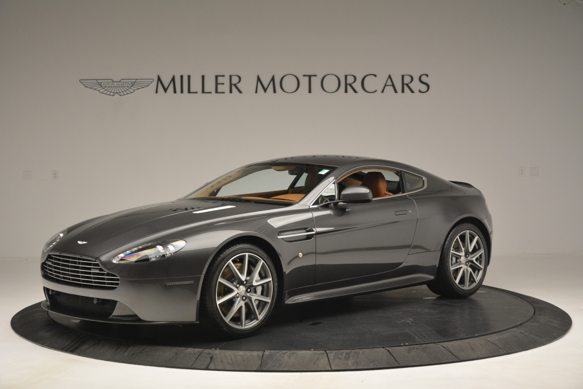 Used 2012 Aston Martin V8 Vantage S Coupe For Sale In Westport, CT 2951_p2