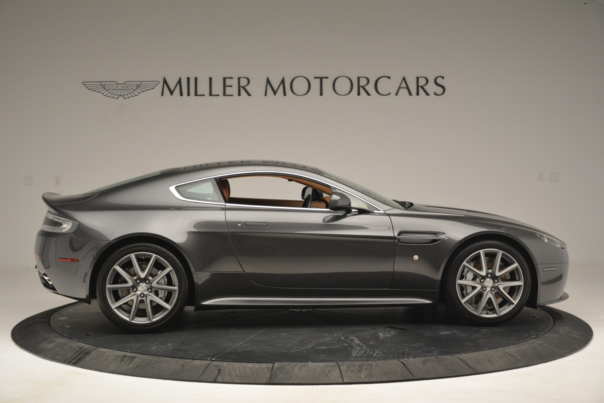 Used 2012 Aston Martin V8 Vantage S Coupe For Sale In Westport, CT 2951_p9