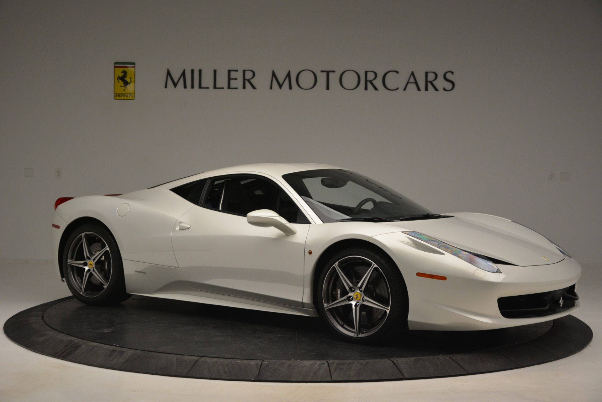 Used 2014 Ferrari 458 Italia  For Sale In Westport, CT 2959_p10