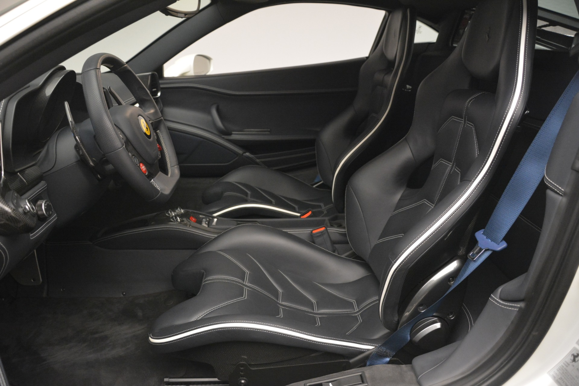Used 2014 Ferrari 458 Italia  For Sale In Westport, CT 2959_p14