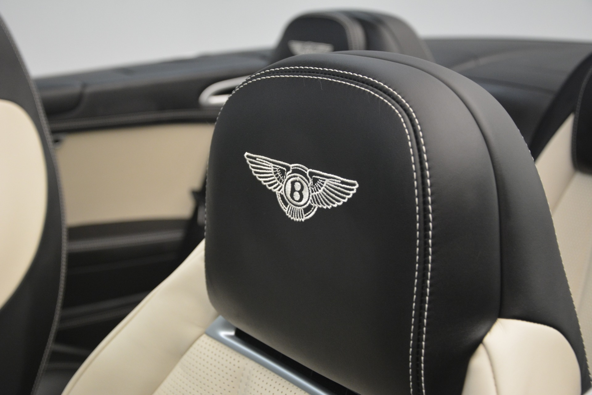 Used 2014 Bentley Continental GT V8 For Sale In Westport, CT 2961_p28