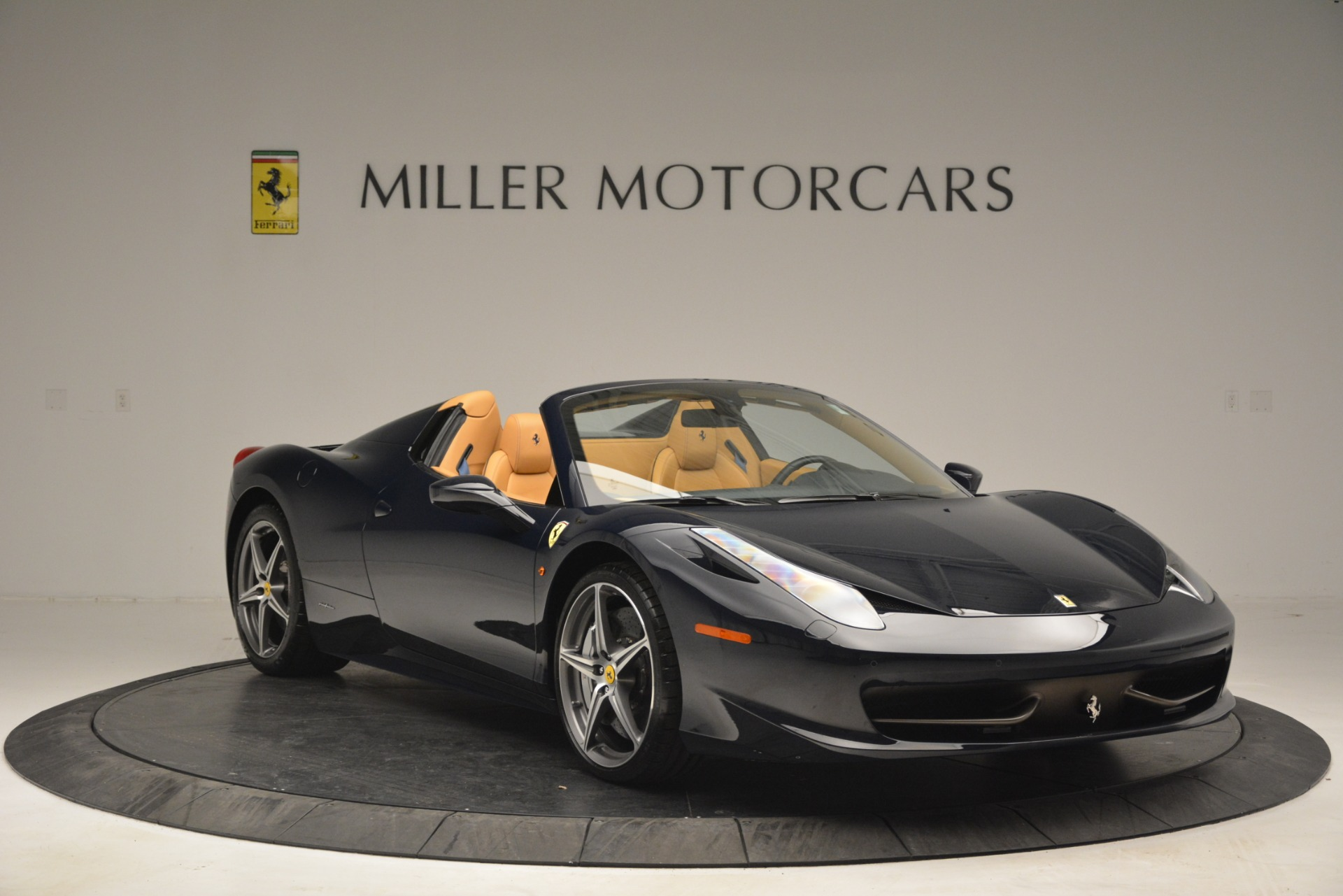 Used 2014 Ferrari 458 Spider  For Sale In Westport, CT 2964_p11