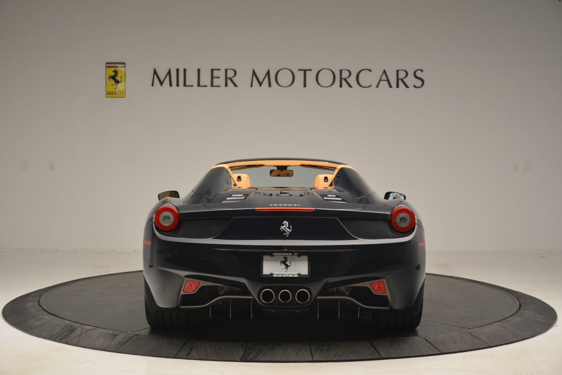 Used 2014 Ferrari 458 Spider  For Sale In Westport, CT 2964_p6