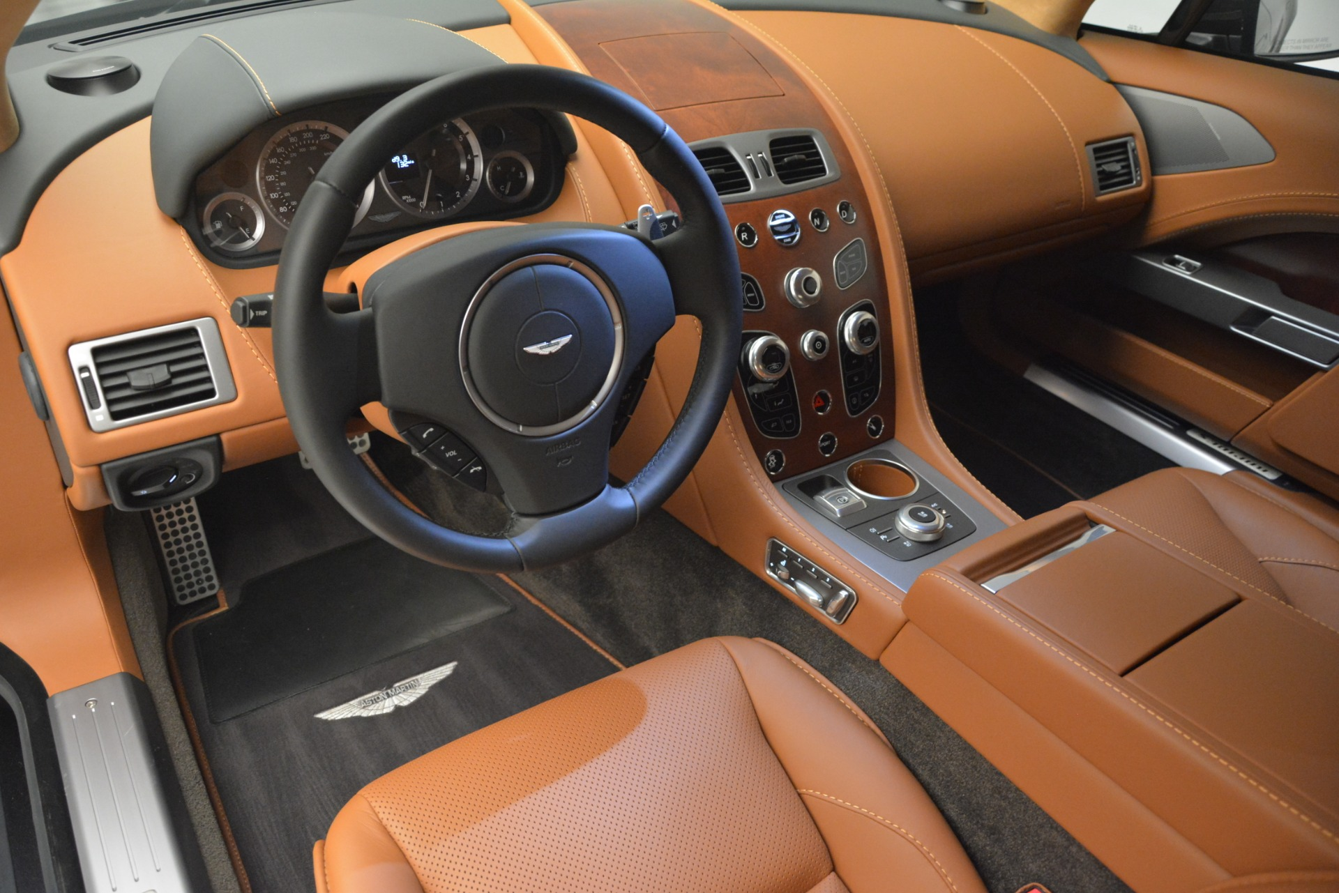 Used 2016 Aston Martin Rapide S  For Sale In Westport, CT 2967_p14