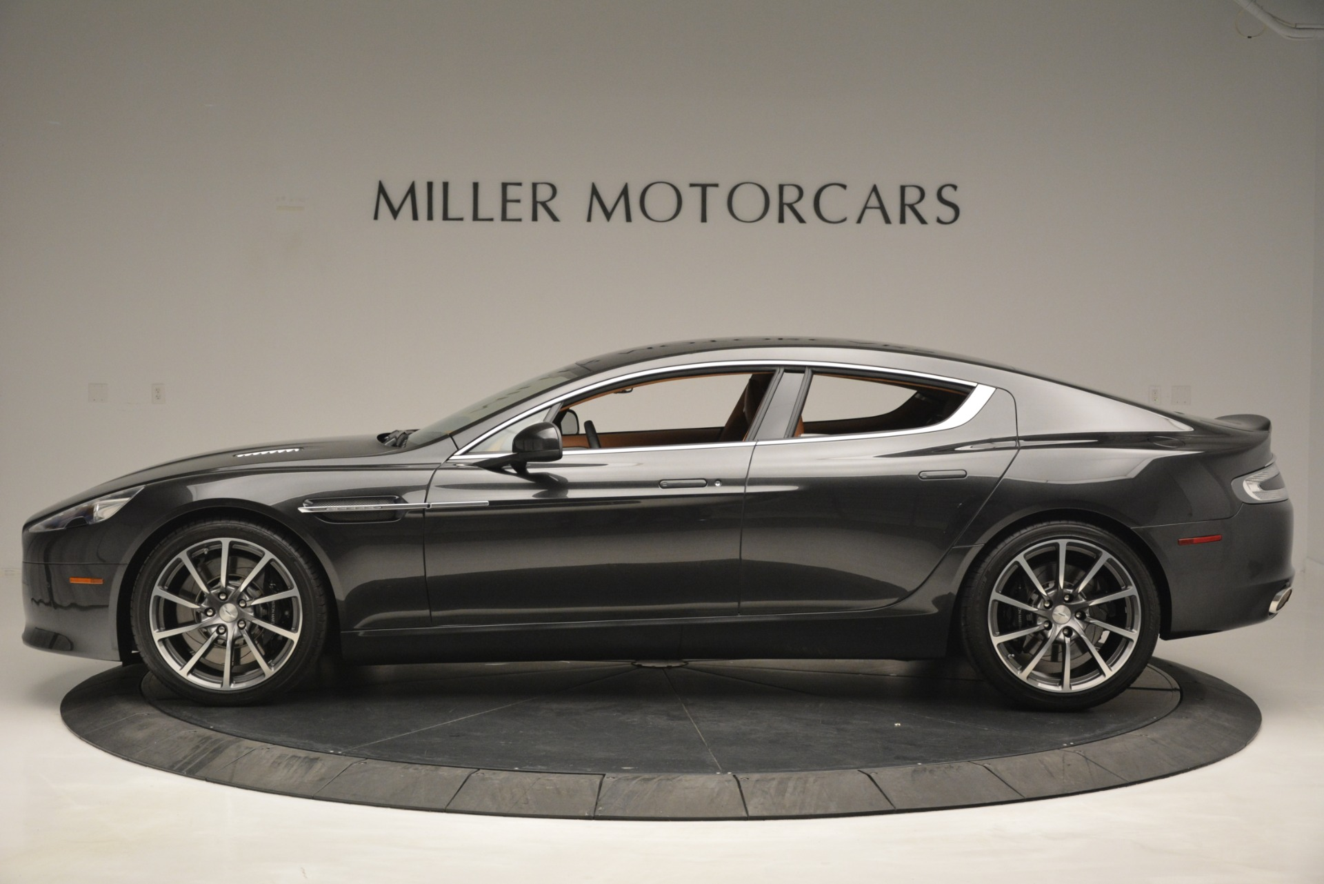 Used 2016 Aston Martin Rapide S  For Sale In Westport, CT 2967_p3