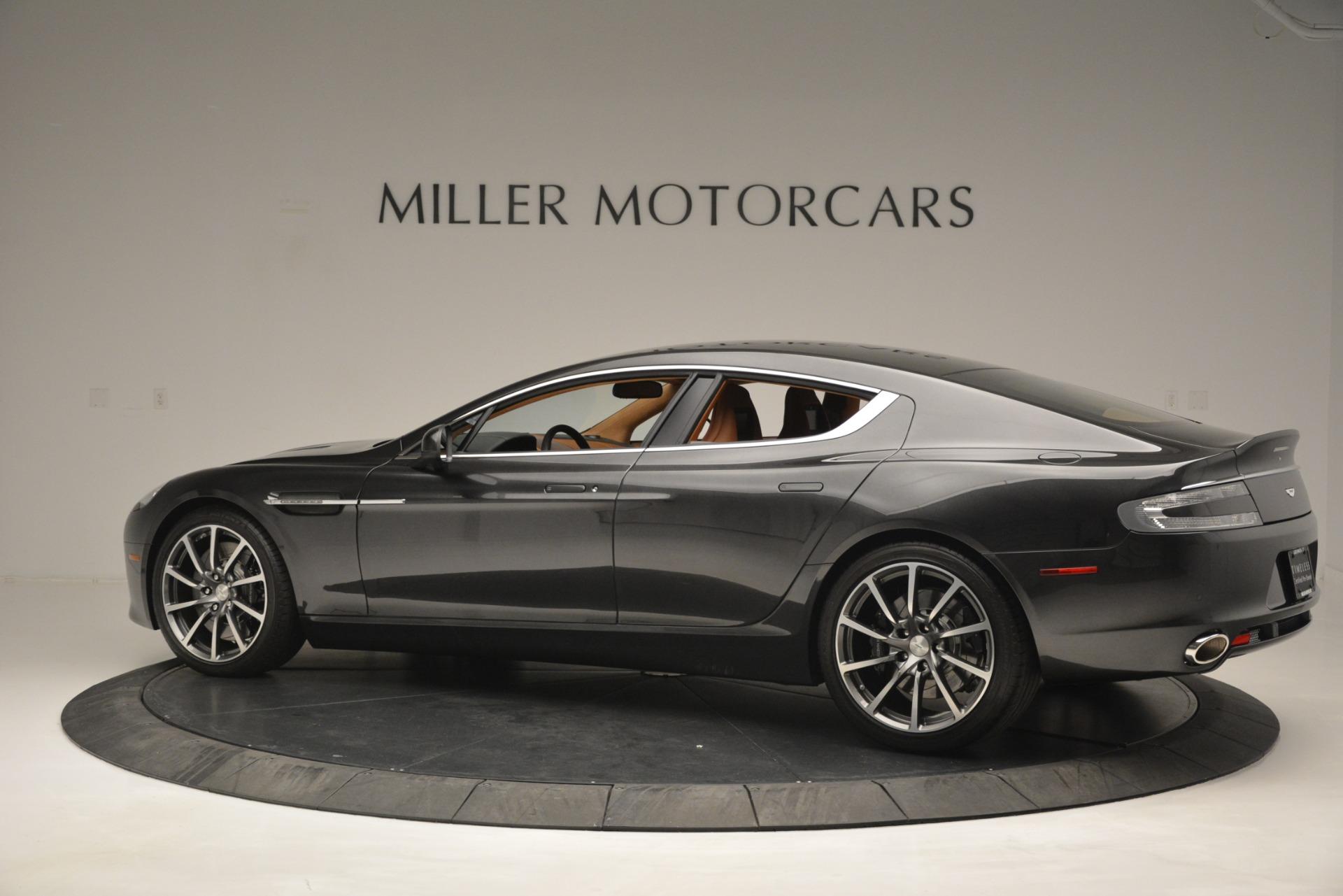 Used 2016 Aston Martin Rapide S  For Sale In Westport, CT 2967_p4