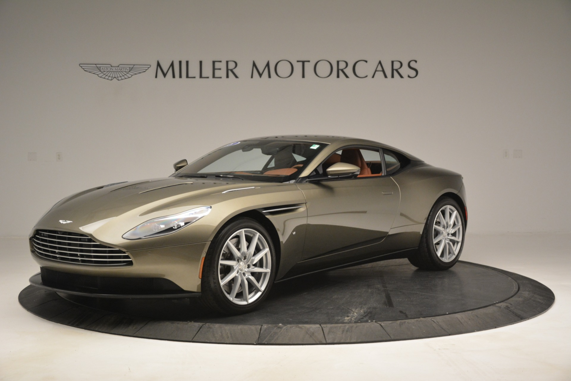 Used 2018 Aston Martin DB11 V12 Coupe For Sale In Westport, CT