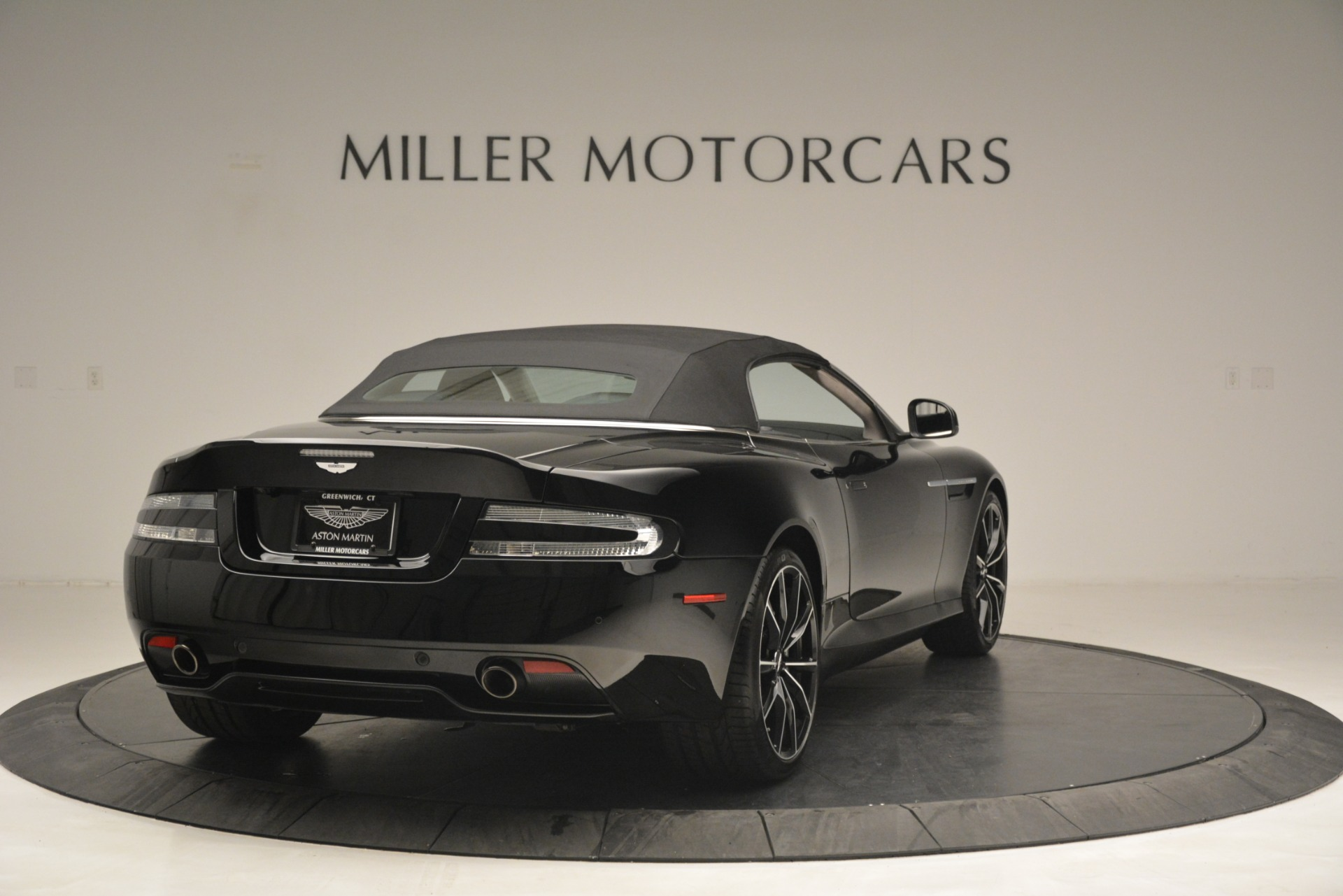 Used 2016 Aston Martin DB9 Convertible For Sale In Westport, CT 2971_p29