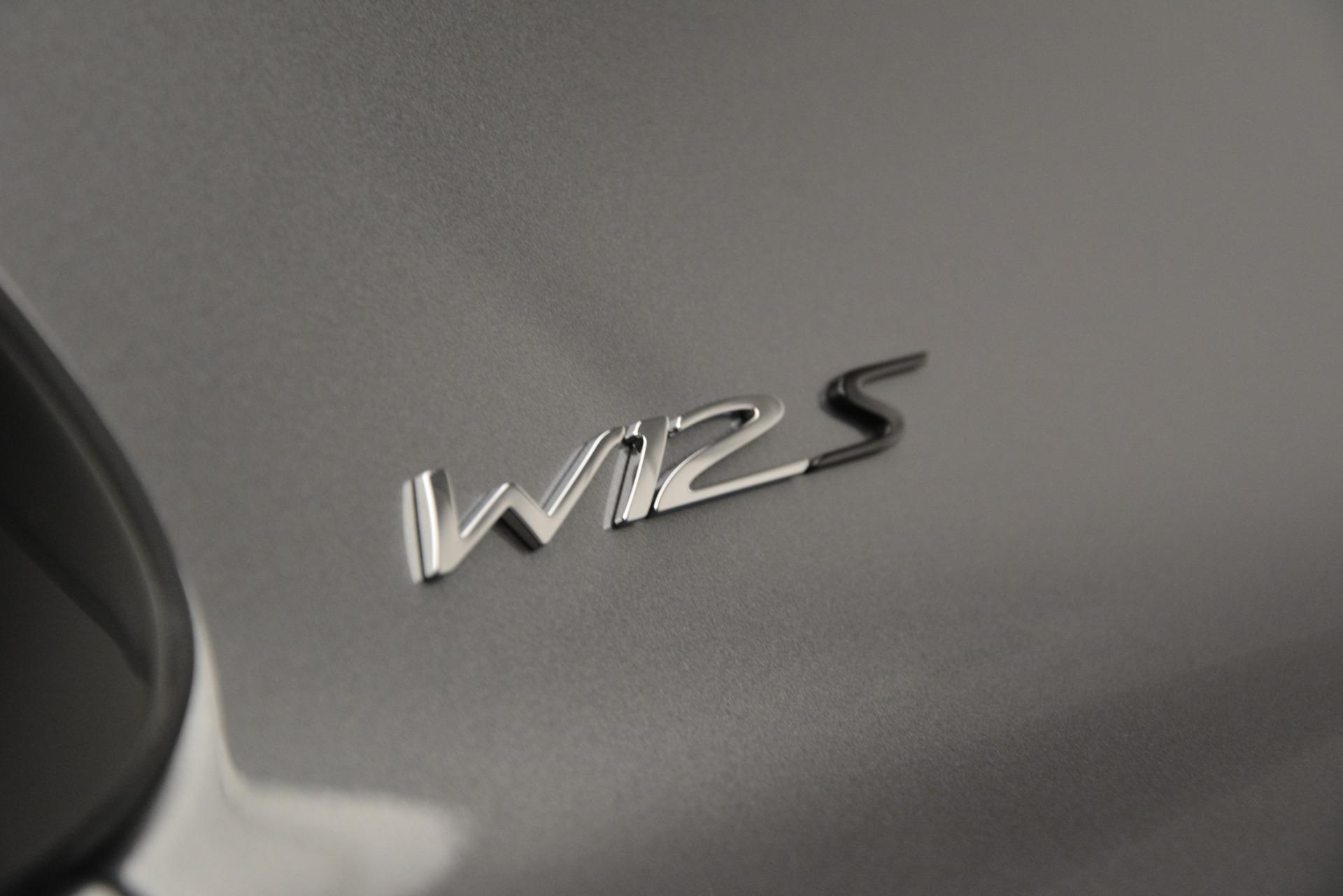 Used 2018 Bentley Flying Spur W12 S For Sale In Westport, CT 2973_p15