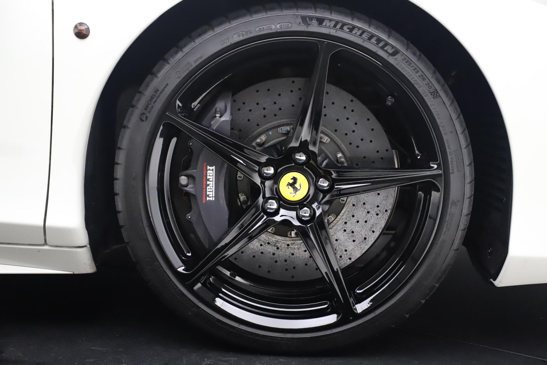Used 2015 Ferrari 458 Spider  For Sale In Westport, CT 2979_p29