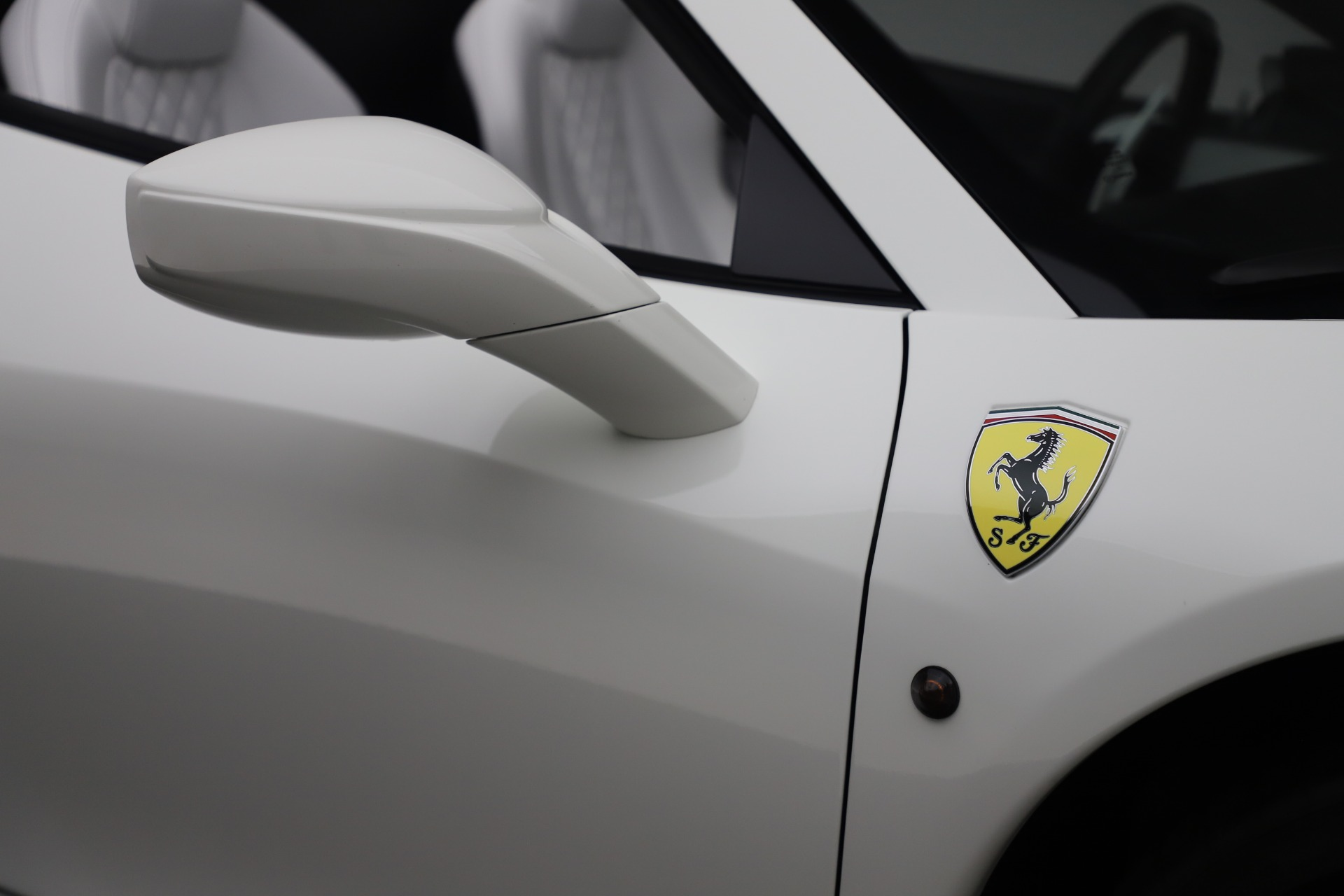 Used 2015 Ferrari 458 Spider  For Sale In Westport, CT 2979_p30
