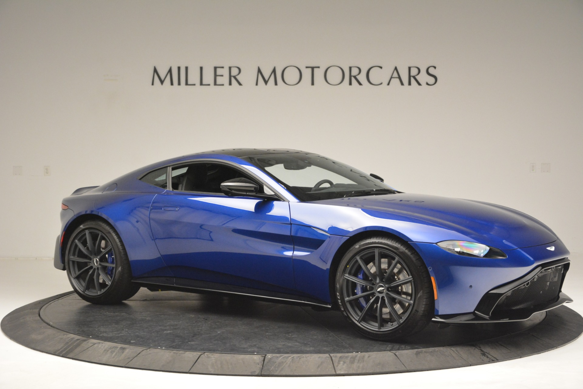 Used 2019 Aston Martin Vantage Coupe For Sale In Westport, CT 2981_p10