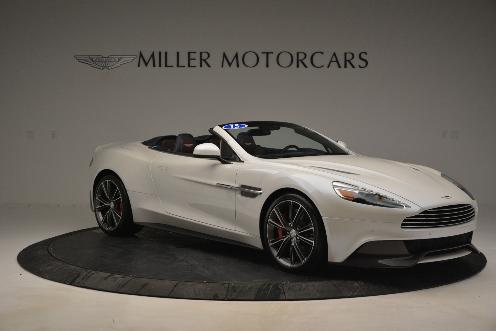 Used 2015 Aston Martin Vanquish Convertible For Sale In Westport, CT 2982_p10