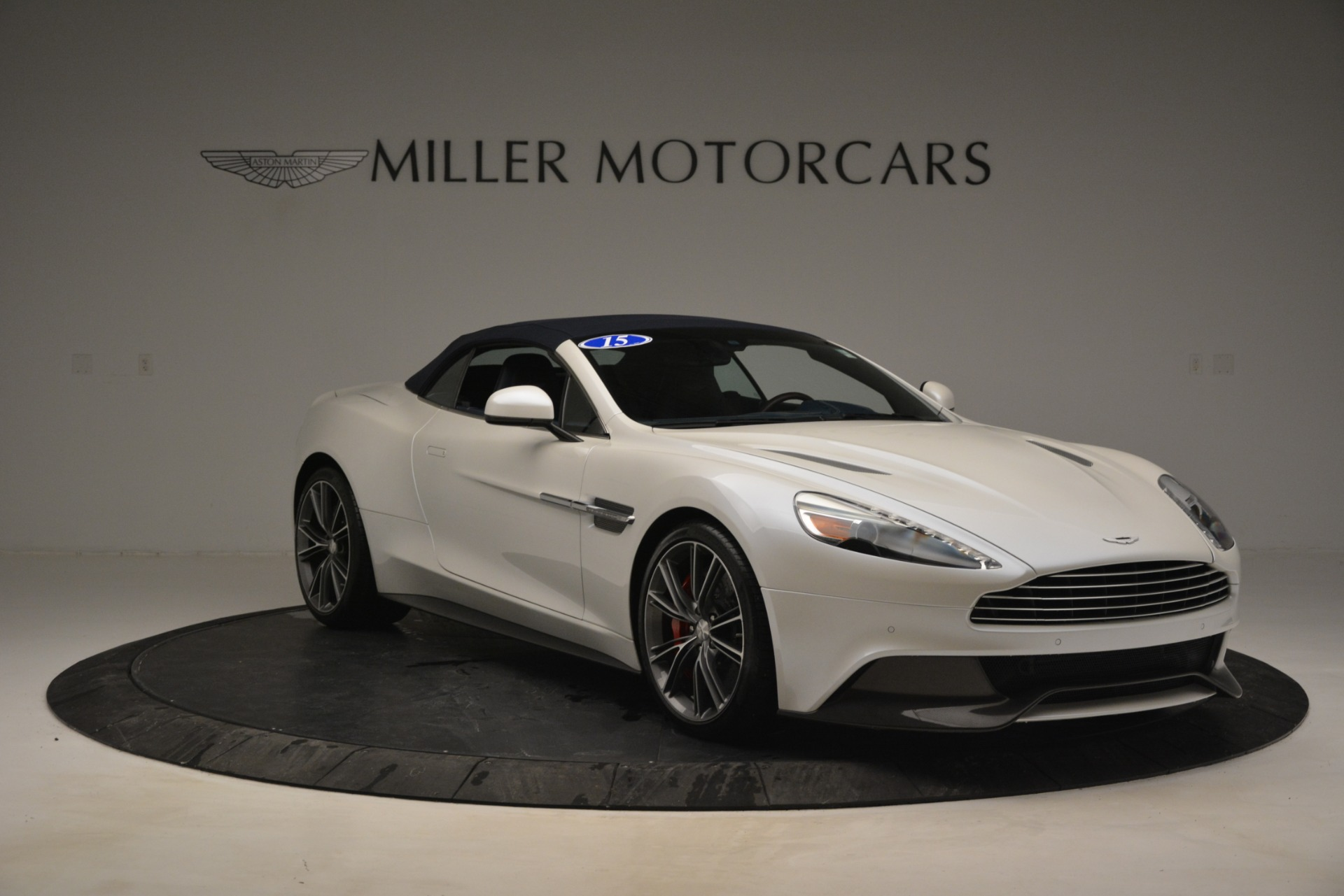 Used 2015 Aston Martin Vanquish Convertible For Sale In Westport, CT 2982_p19