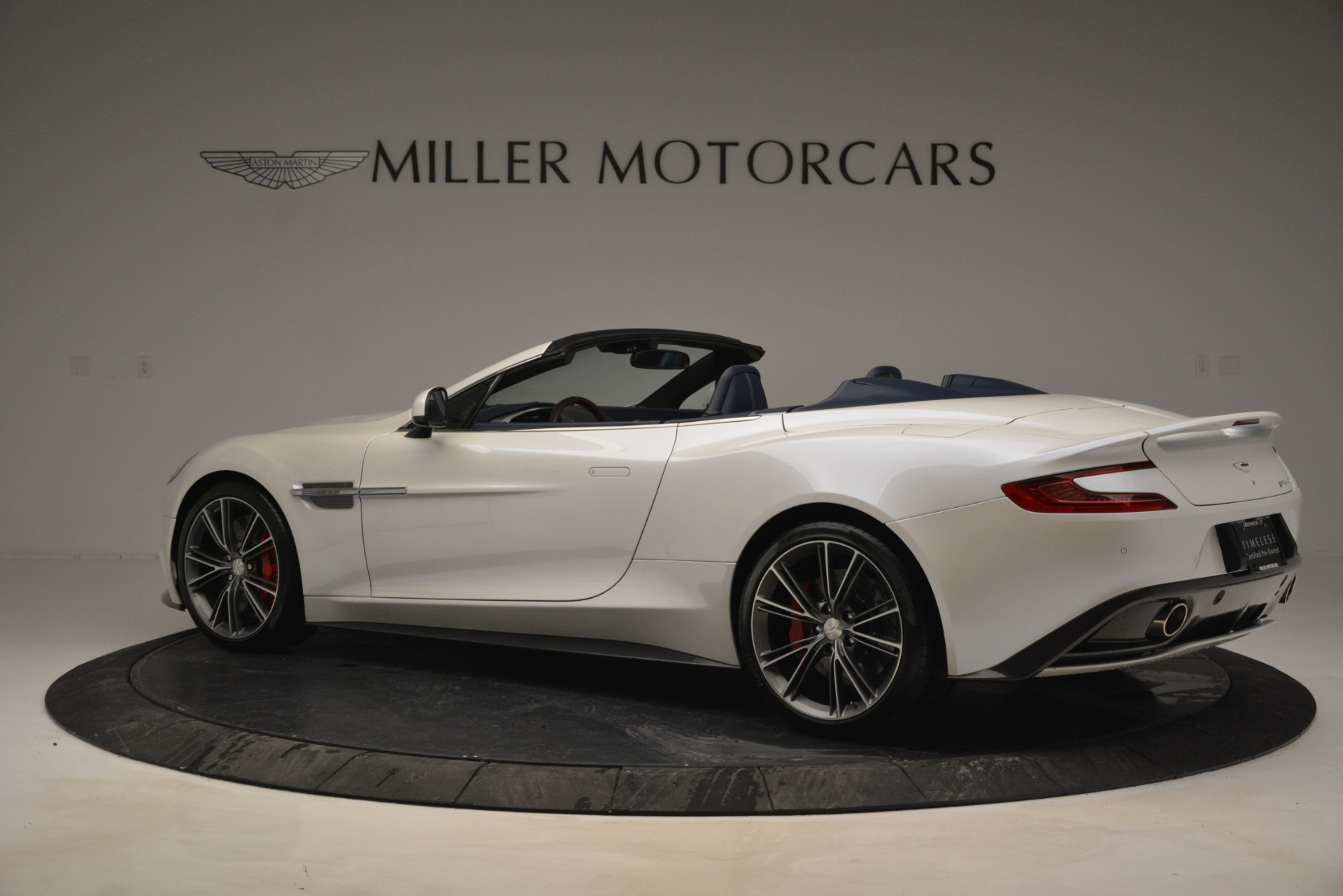 Used 2015 Aston Martin Vanquish Convertible For Sale In Westport, CT 2982_p4