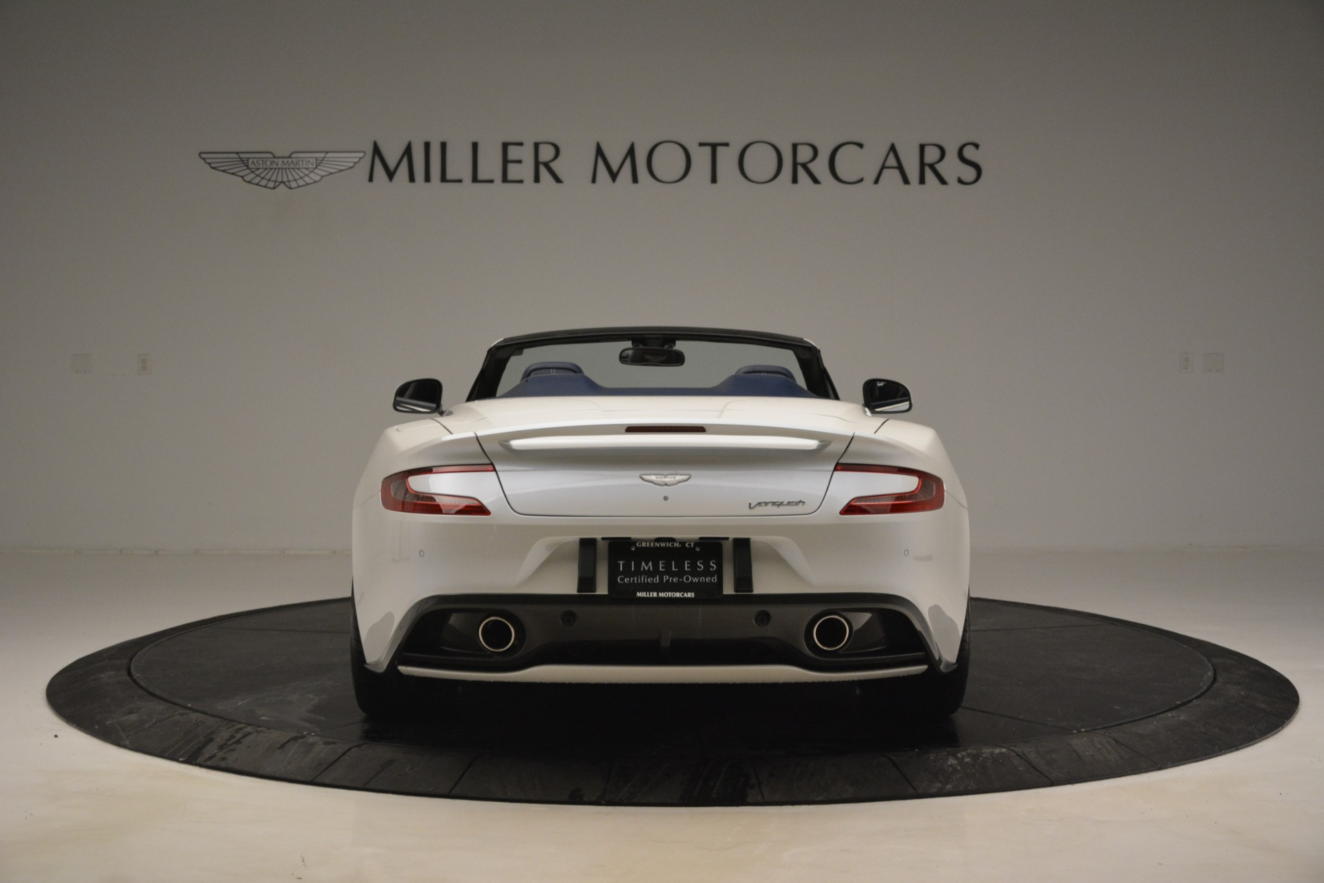 Used 2015 Aston Martin Vanquish Convertible For Sale In Westport, CT 2982_p6