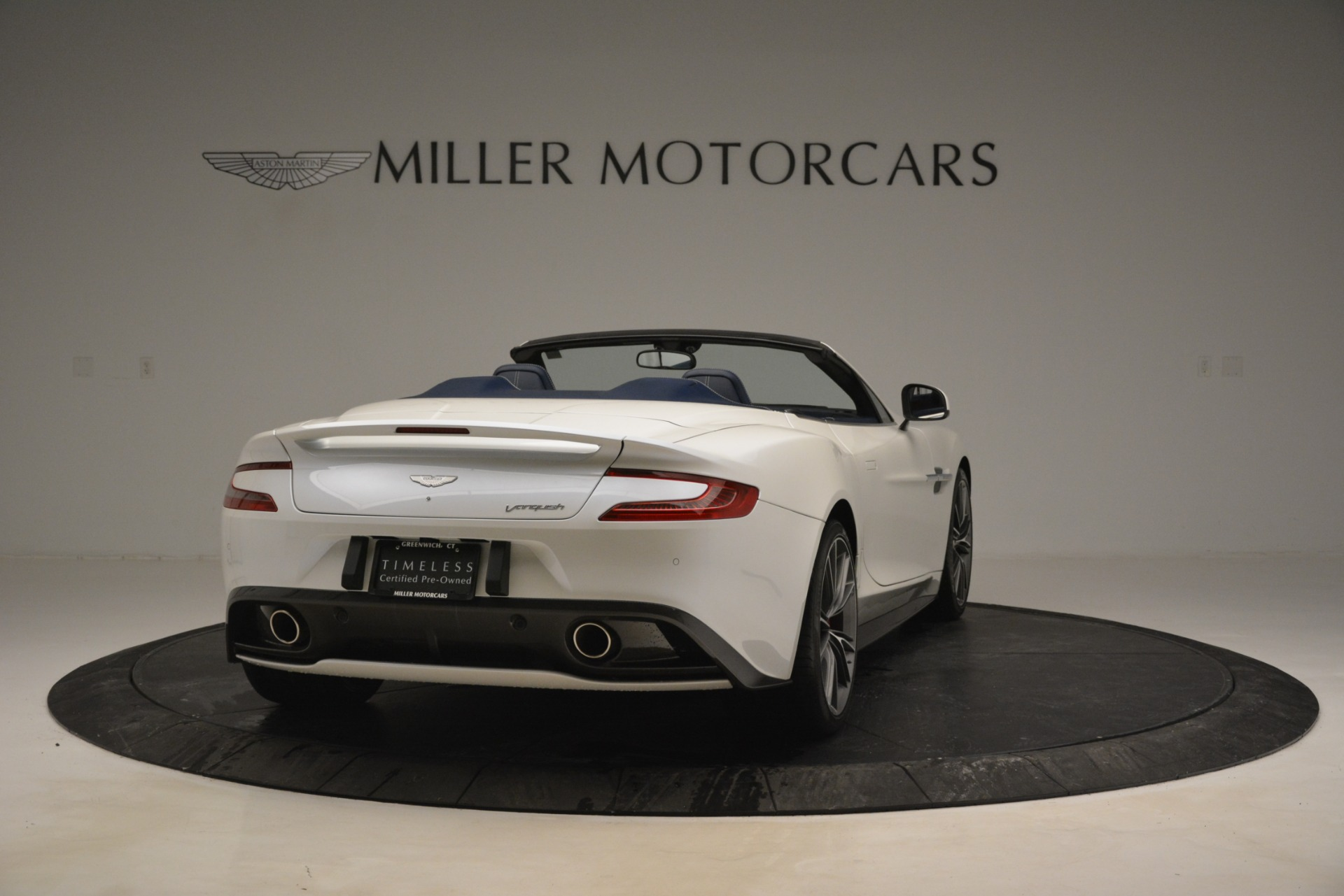 Used 2015 Aston Martin Vanquish Convertible For Sale In Westport, CT 2982_p7