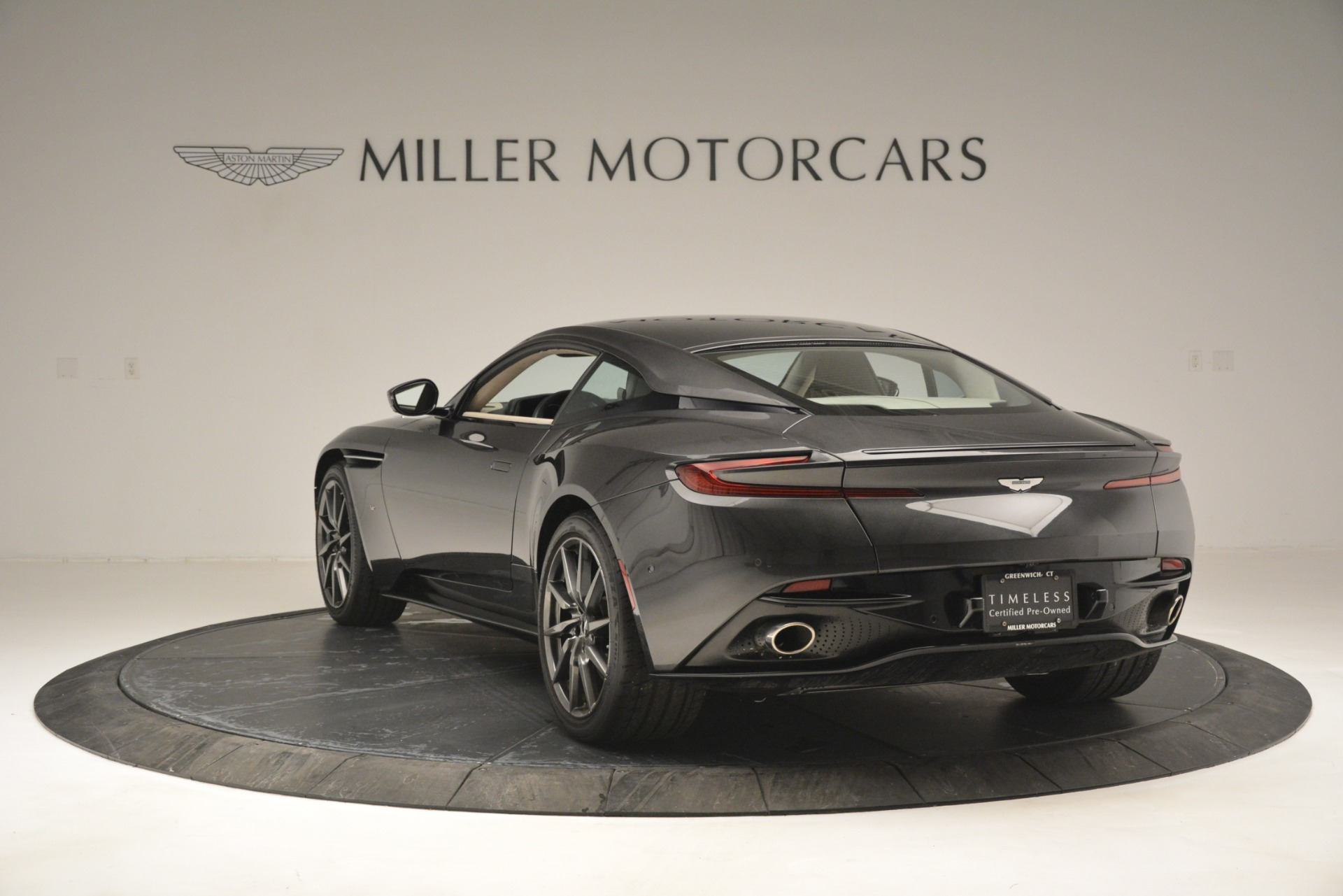 Used 2017 Aston Martin DB11 V12 Coupe For Sale In Westport, CT 2988_p5