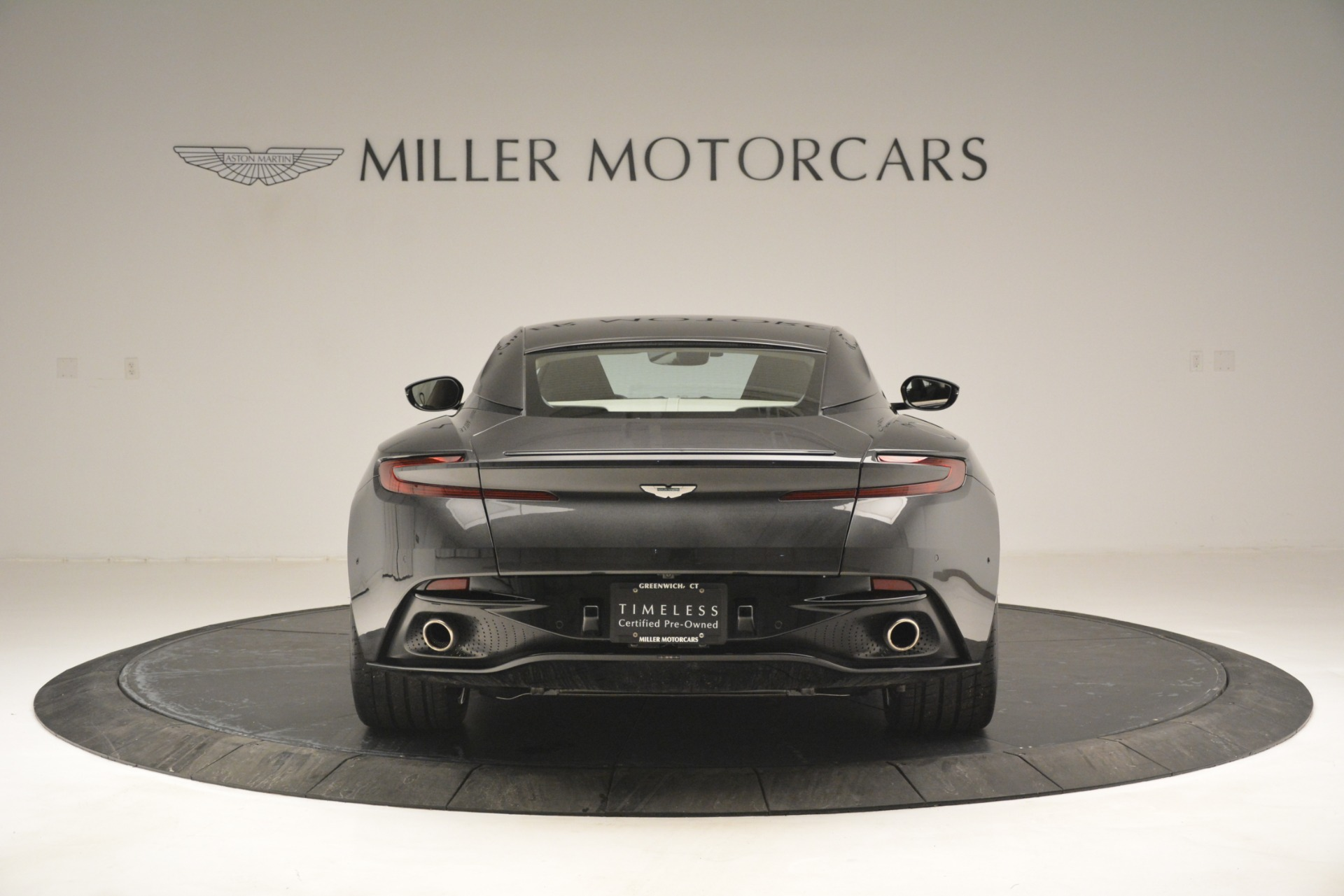 Used 2017 Aston Martin DB11 V12 Coupe For Sale In Westport, CT 2988_p6