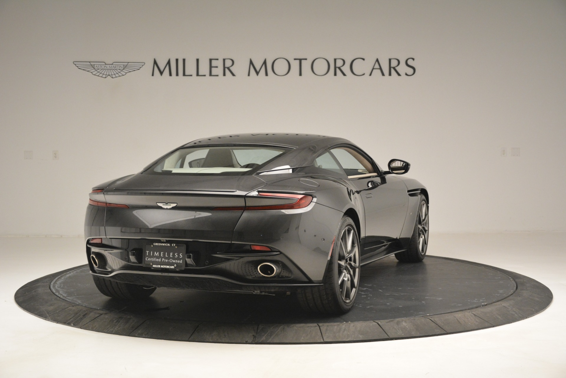 Used 2017 Aston Martin DB11 V12 Coupe For Sale In Westport, CT 2988_p7