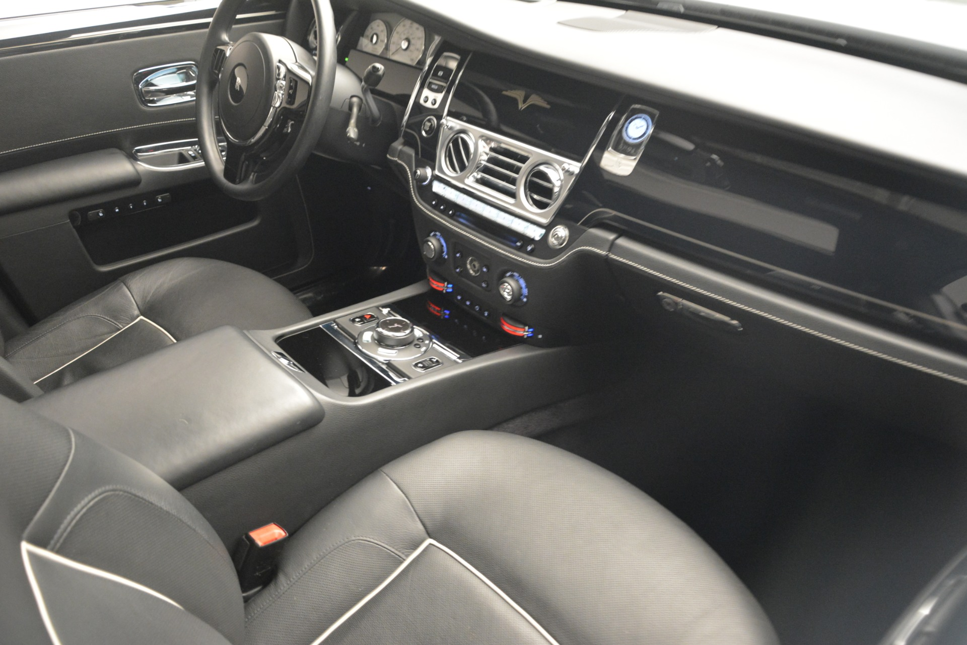 Used 2014 Rolls-Royce Ghost V-Spec For Sale In Westport, CT 2989_p29