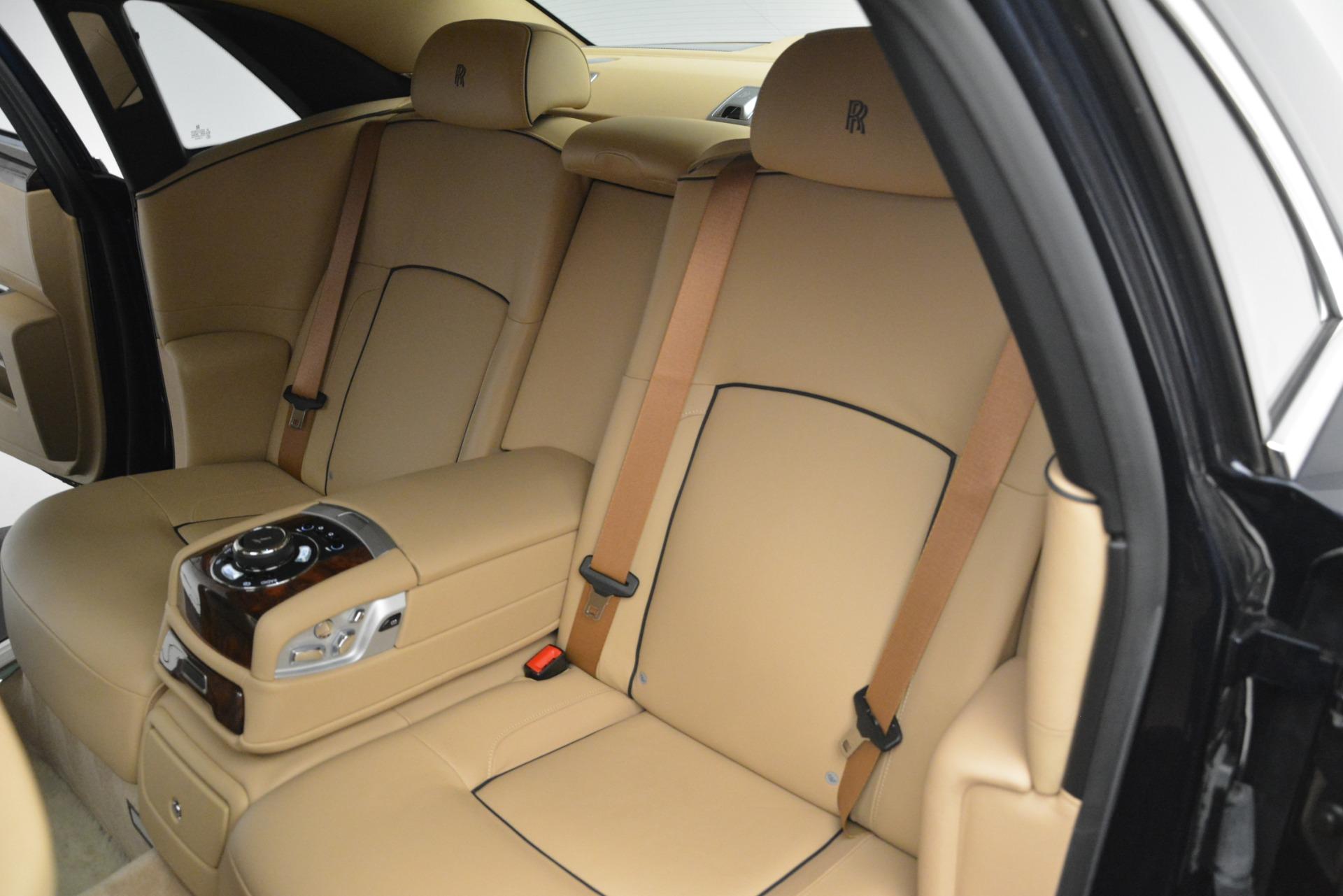 Used 2014 Rolls-Royce Ghost  For Sale In Westport, CT 2990_p21