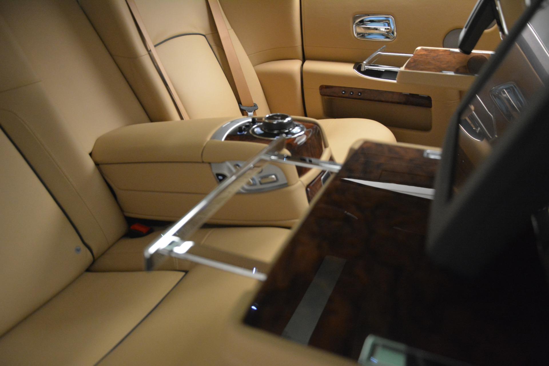 Used 2014 Rolls-Royce Ghost  For Sale In Westport, CT 2990_p24