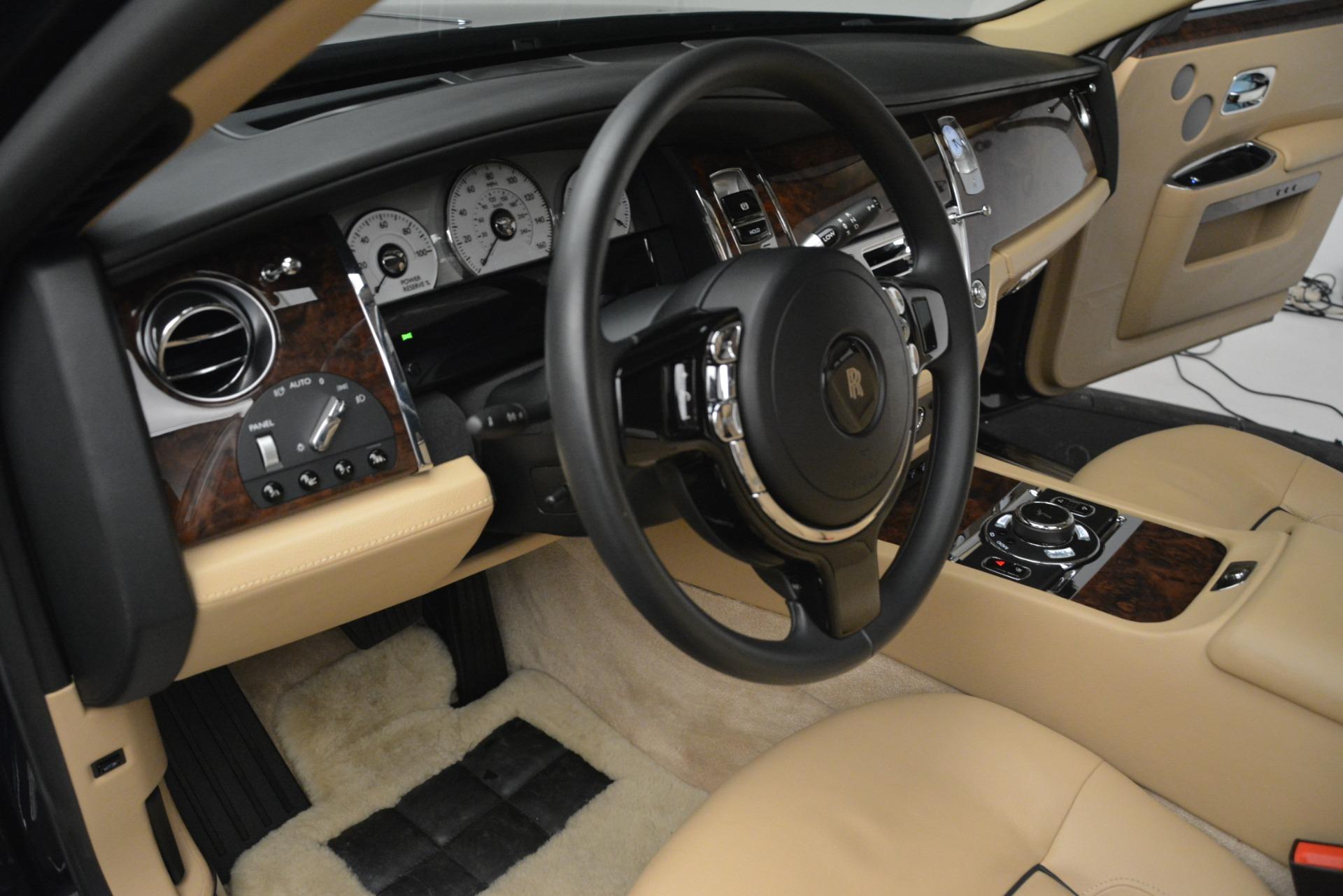 Used 2014 Rolls-Royce Ghost  For Sale In Westport, CT 2990_p28