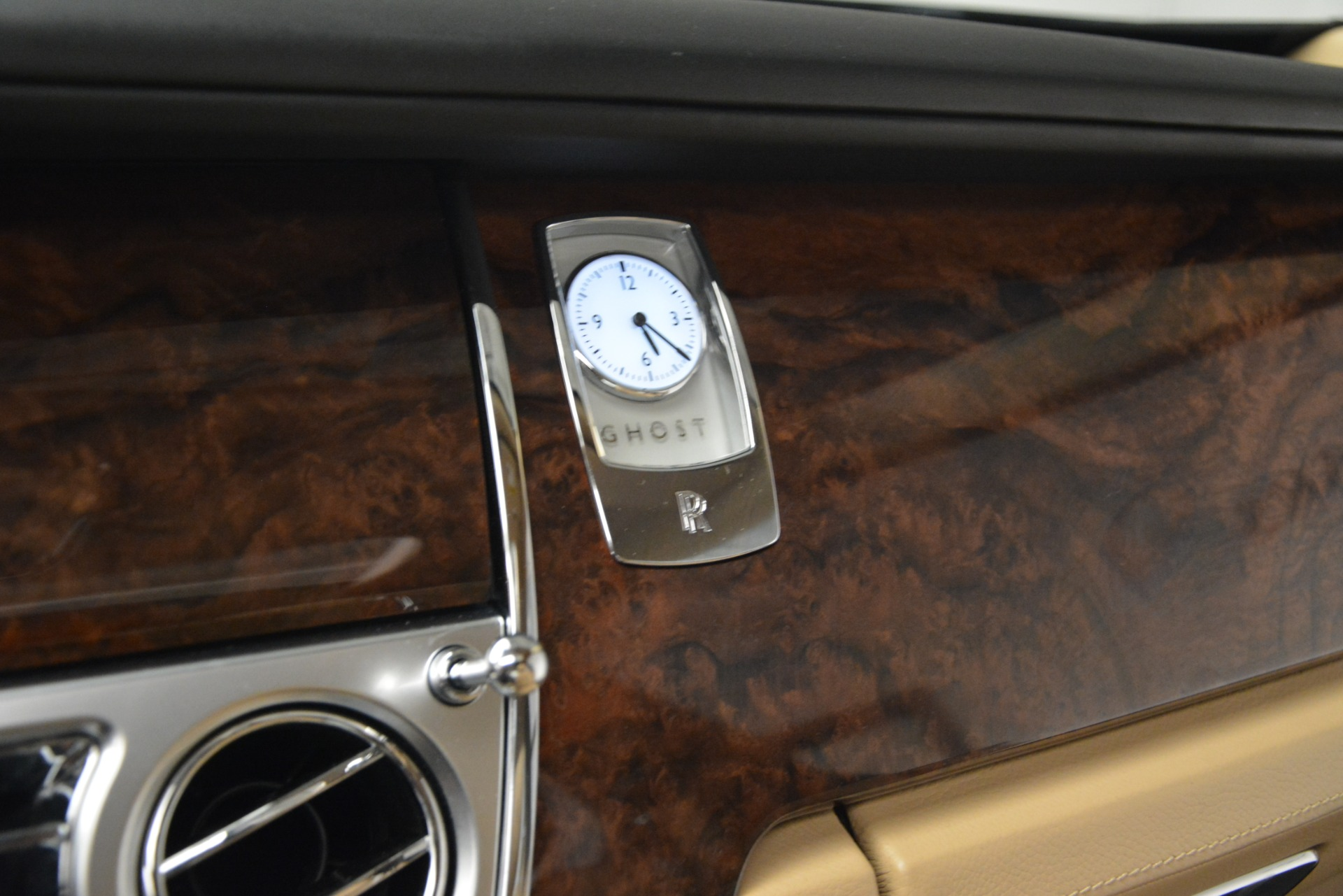 Used 2014 Rolls-Royce Ghost  For Sale In Westport, CT 2990_p30