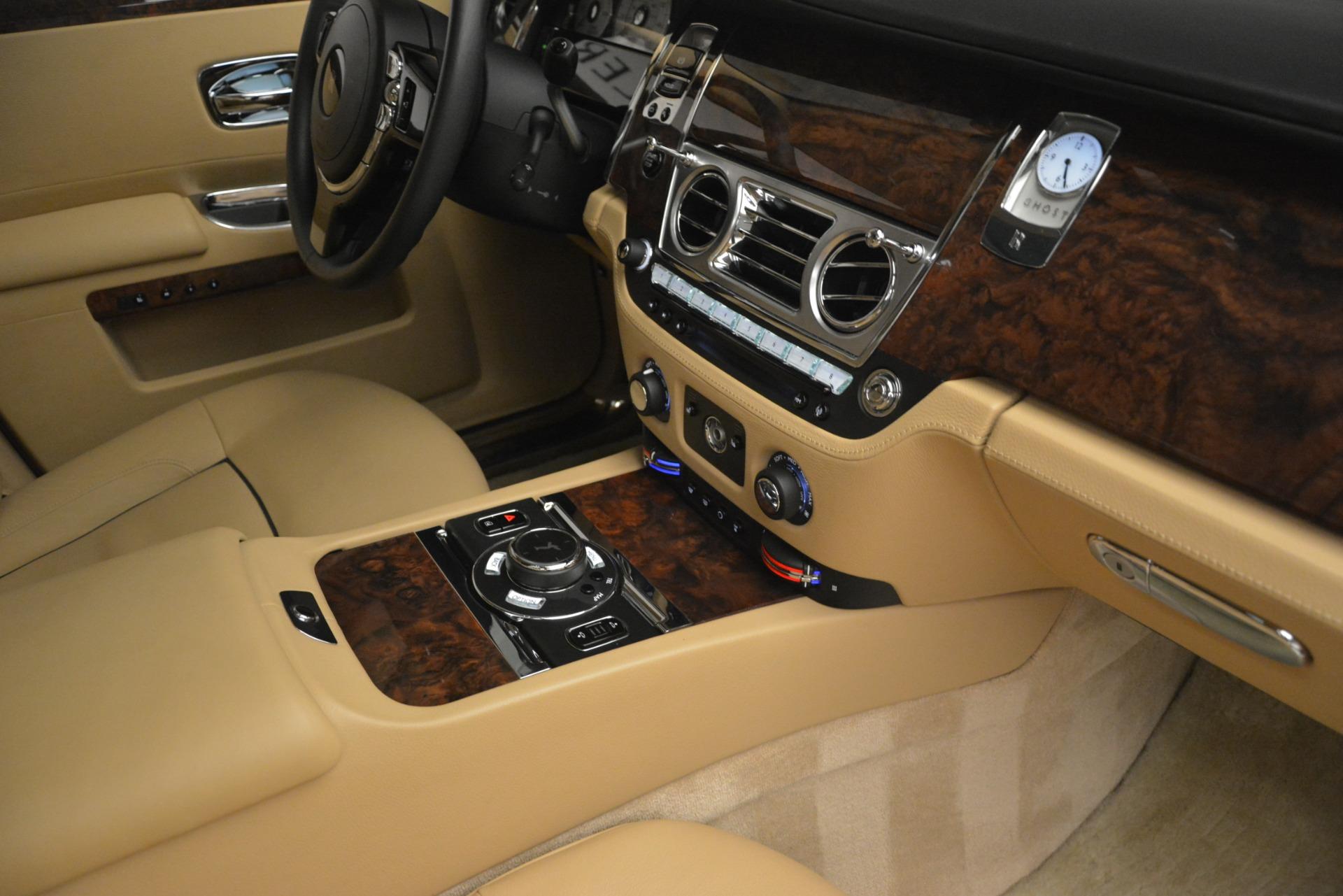 Used 2014 Rolls-Royce Ghost  For Sale In Westport, CT 2990_p36