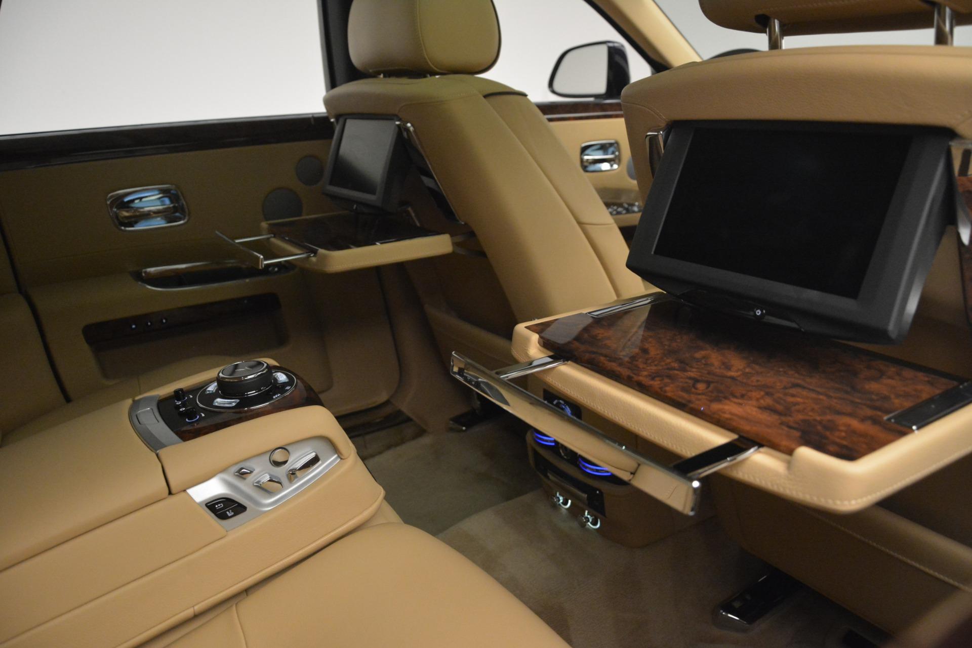 Used 2014 Rolls-Royce Ghost  For Sale In Westport, CT 2990_p37