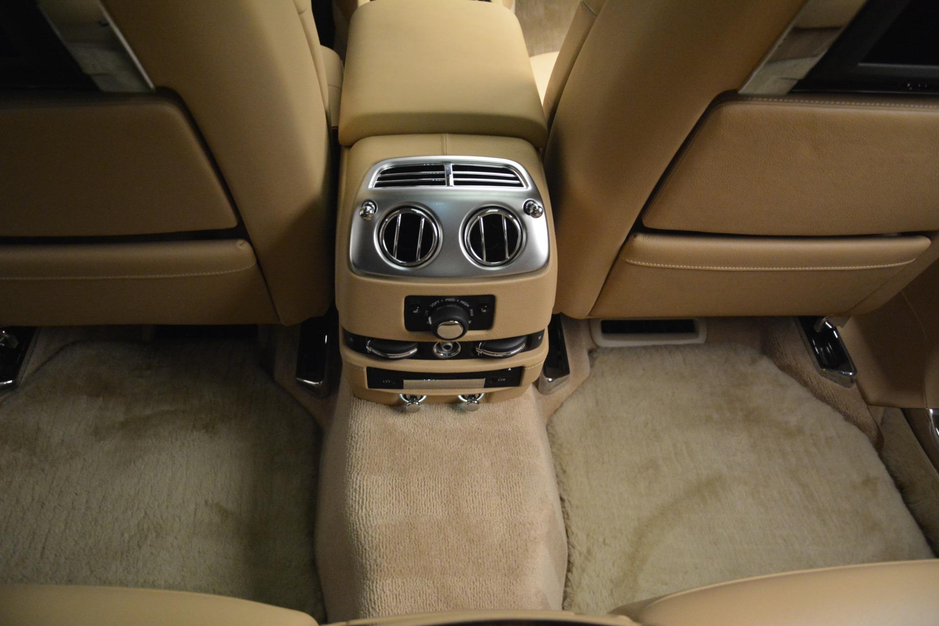 Used 2014 Rolls-Royce Ghost  For Sale In Westport, CT 2990_p40