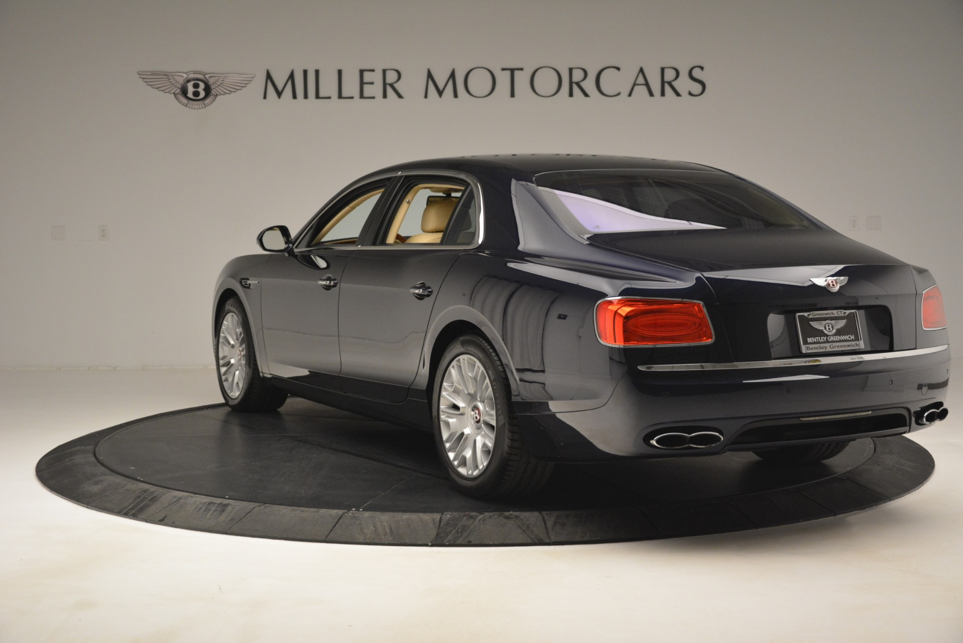 Used 2015 Bentley Flying Spur V8 For Sale In Westport, CT 2997_p5