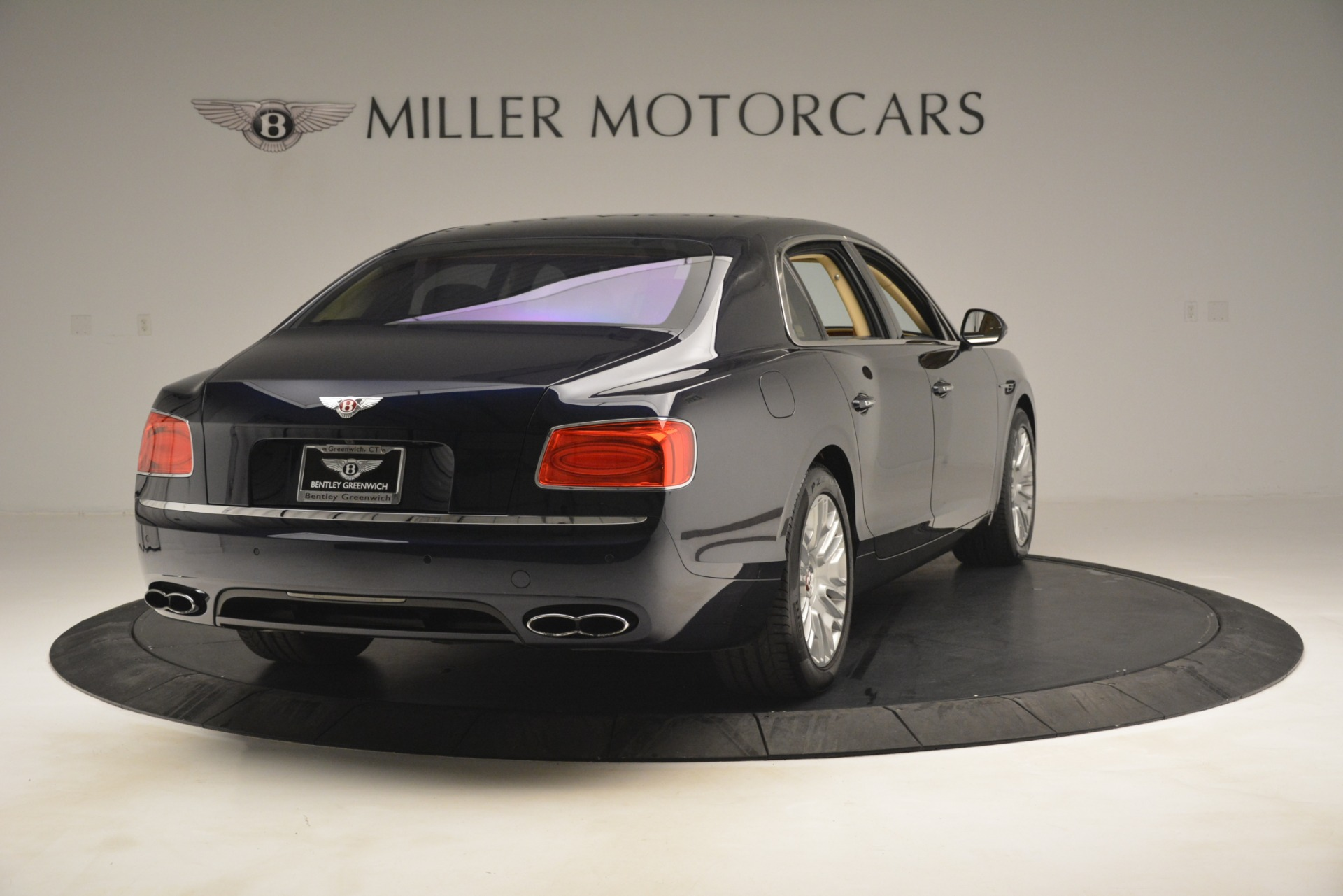 Used 2015 Bentley Flying Spur V8 For Sale In Westport, CT 2997_p6