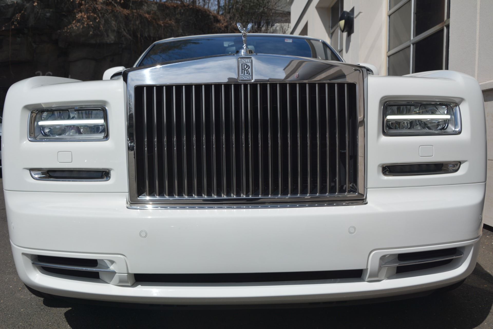 Used 2014 Rolls-Royce Phantom  For Sale In Westport, CT 2998_p7