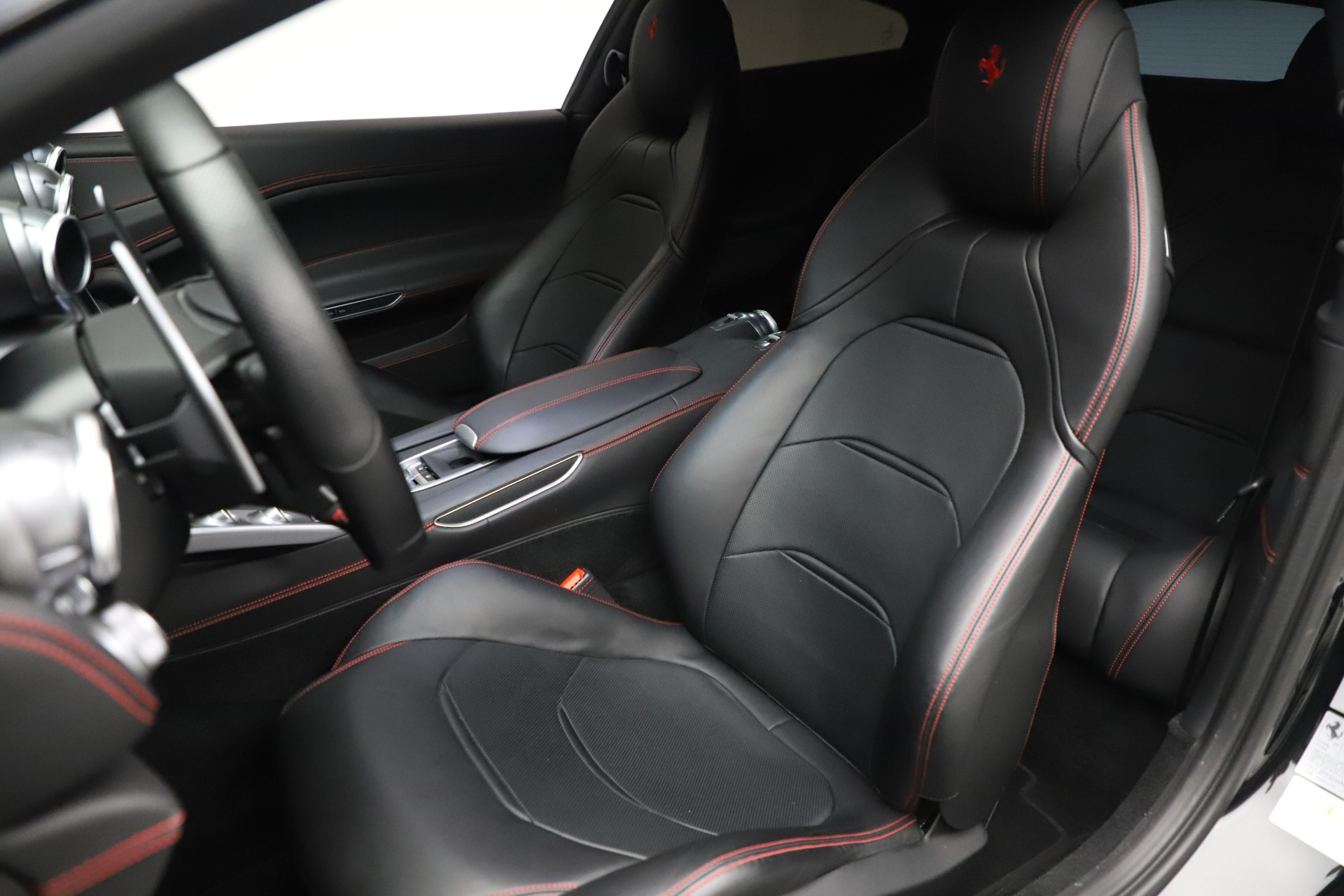 Used 2018 Ferrari GTC4Lusso  For Sale In Westport, CT 3005_p15