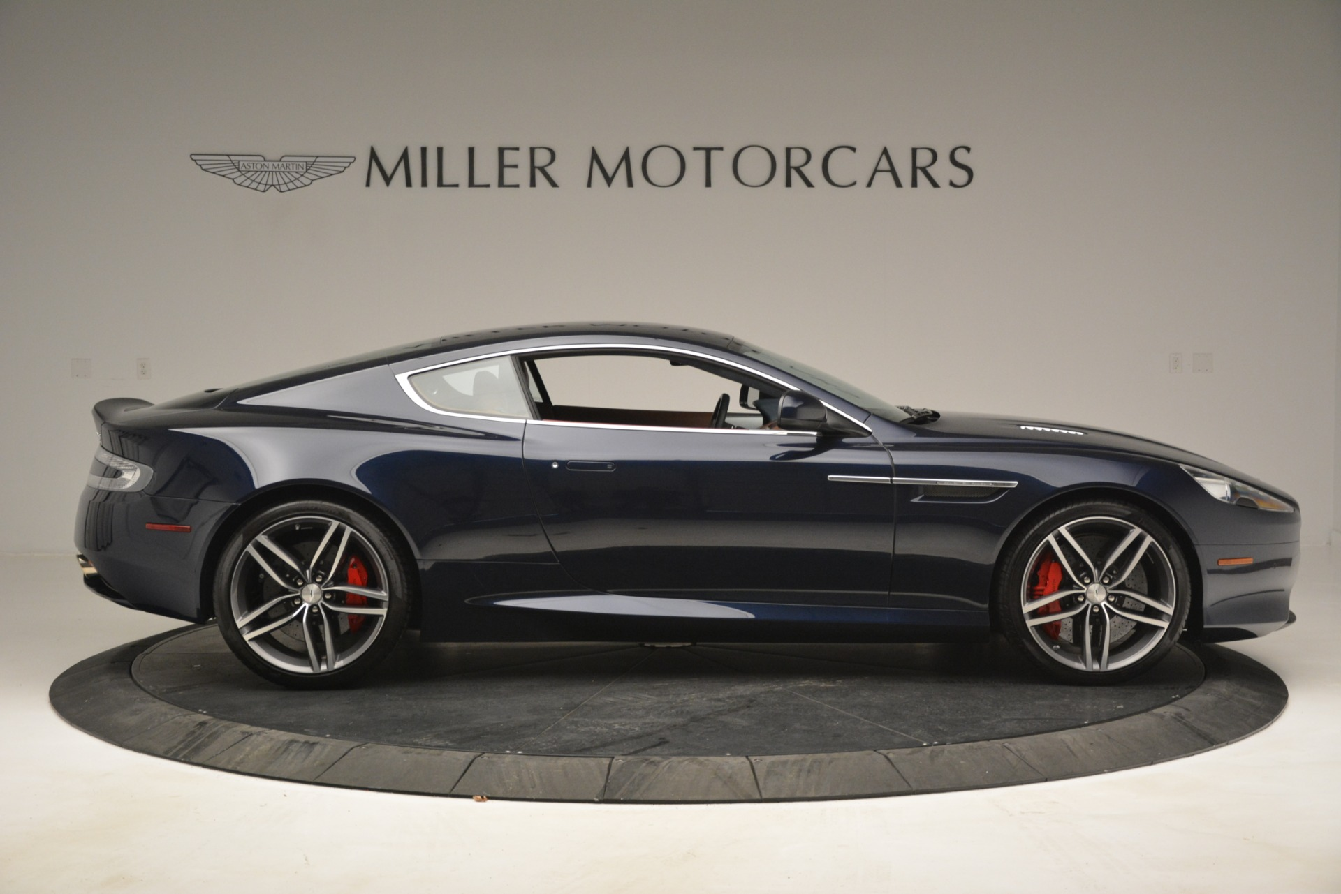 Used 2014 Aston Martin DB9 Coupe For Sale In Westport, CT 3010_p9