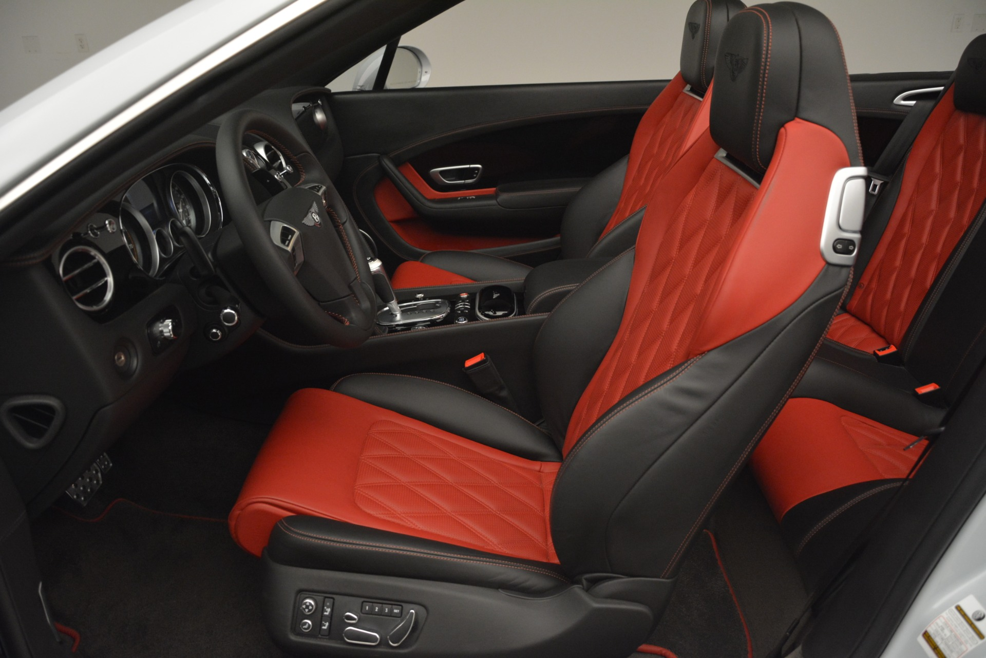 Used 2014 Bentley Continental GT V8 S For Sale In Westport, CT 3011_p24