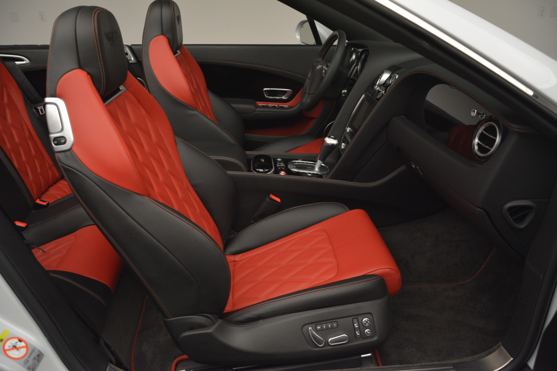 Used 2014 Bentley Continental GT V8 S For Sale In Westport, CT 3011_p31