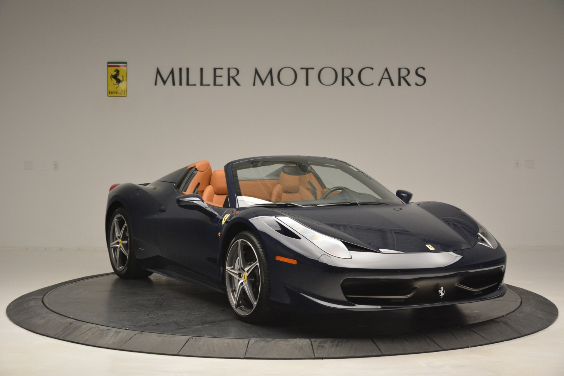 Used 2014 Ferrari 458 Spider  For Sale In Westport, CT 3013_p11