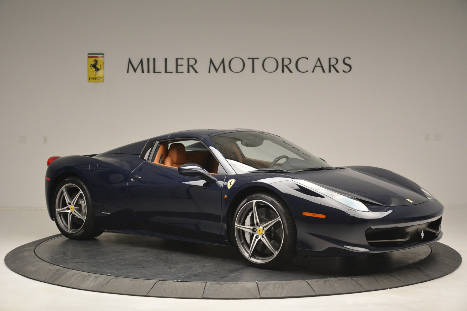 Used 2014 Ferrari 458 Spider  For Sale In Westport, CT 3013_p22