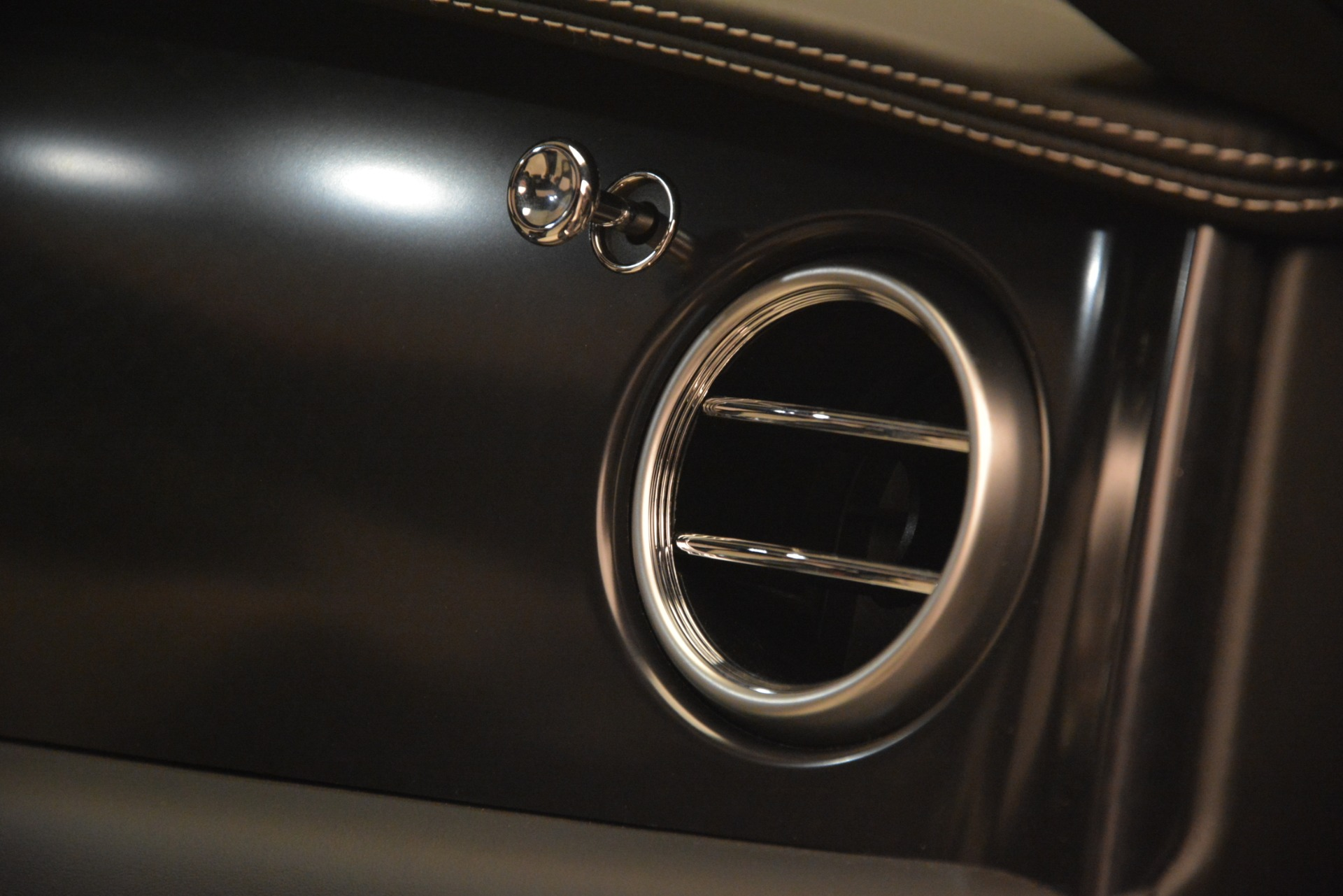 Used 2018 Bentley Flying Spur W12 S For Sale In Westport, CT 3014_p23