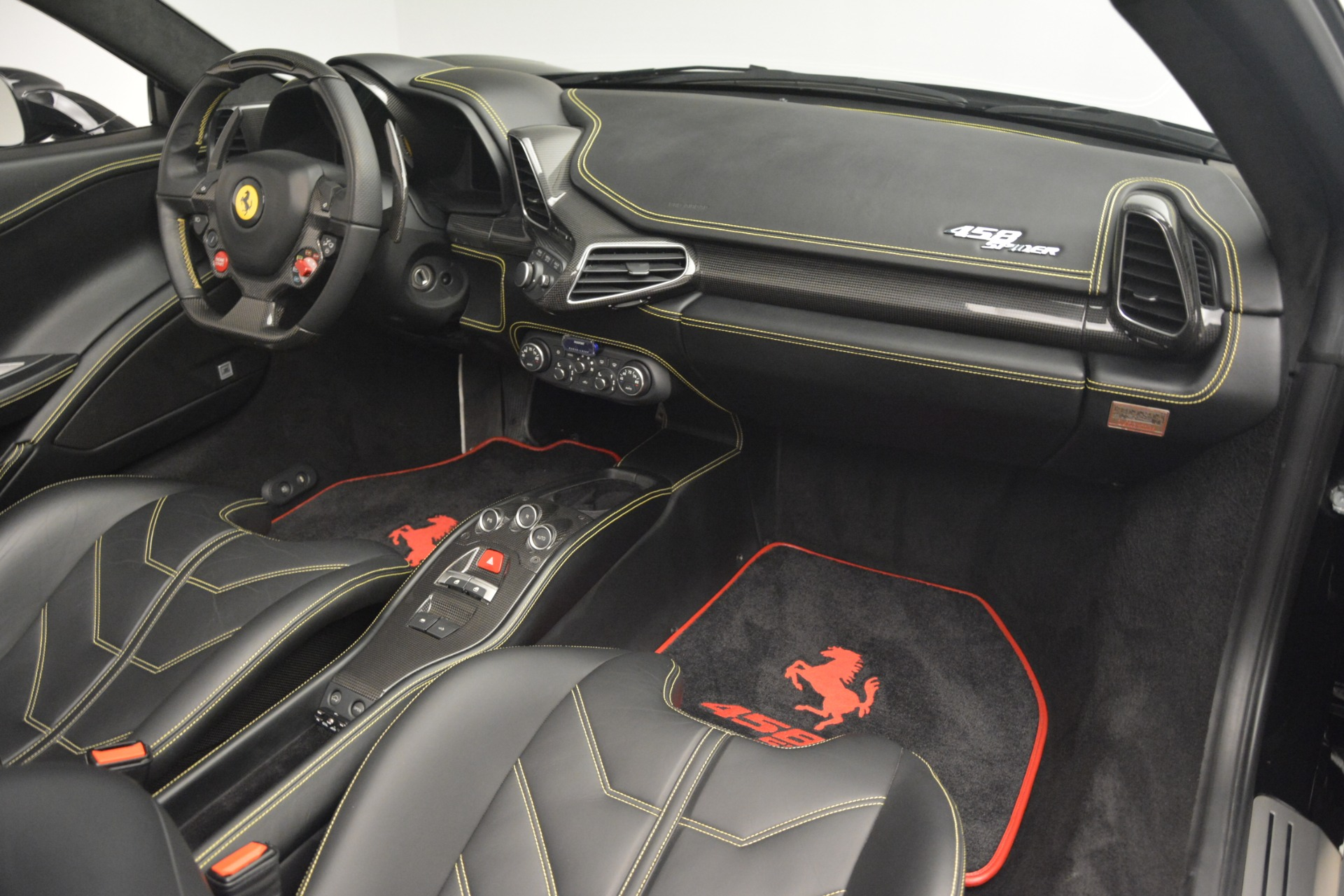 Used 2013 Ferrari 458 Spider  For Sale In Westport, CT 3024_p29