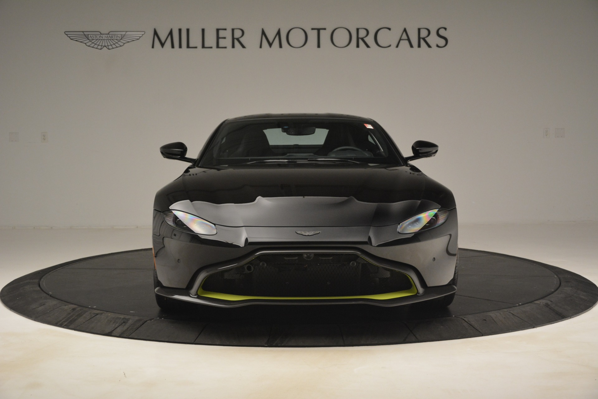 New 2019 Aston Martin Vantage Coupe For Sale In Westport, CT 3030_p13