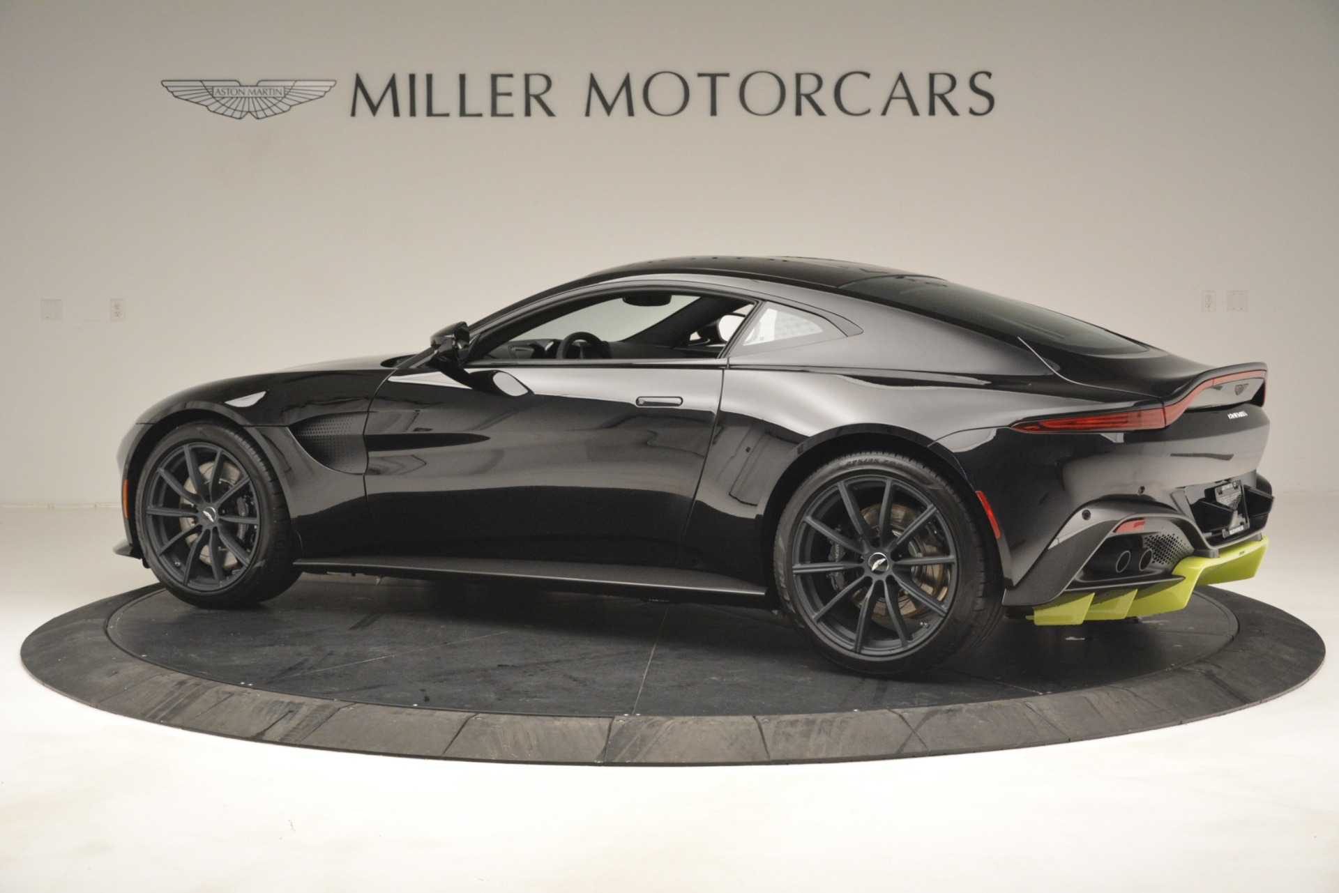 New 2019 Aston Martin Vantage Coupe For Sale In Westport, CT 3030_p5