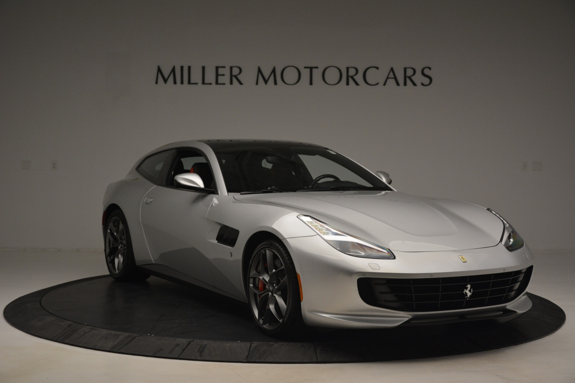 Used 2018 Ferrari GTC4Lusso T  For Sale In Westport, CT 3031_p11