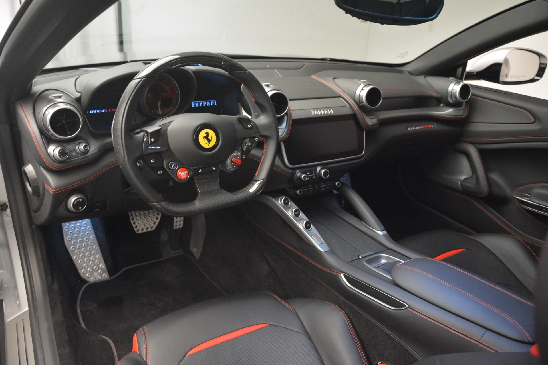 Used 2018 Ferrari GTC4Lusso T  For Sale In Westport, CT 3031_p13