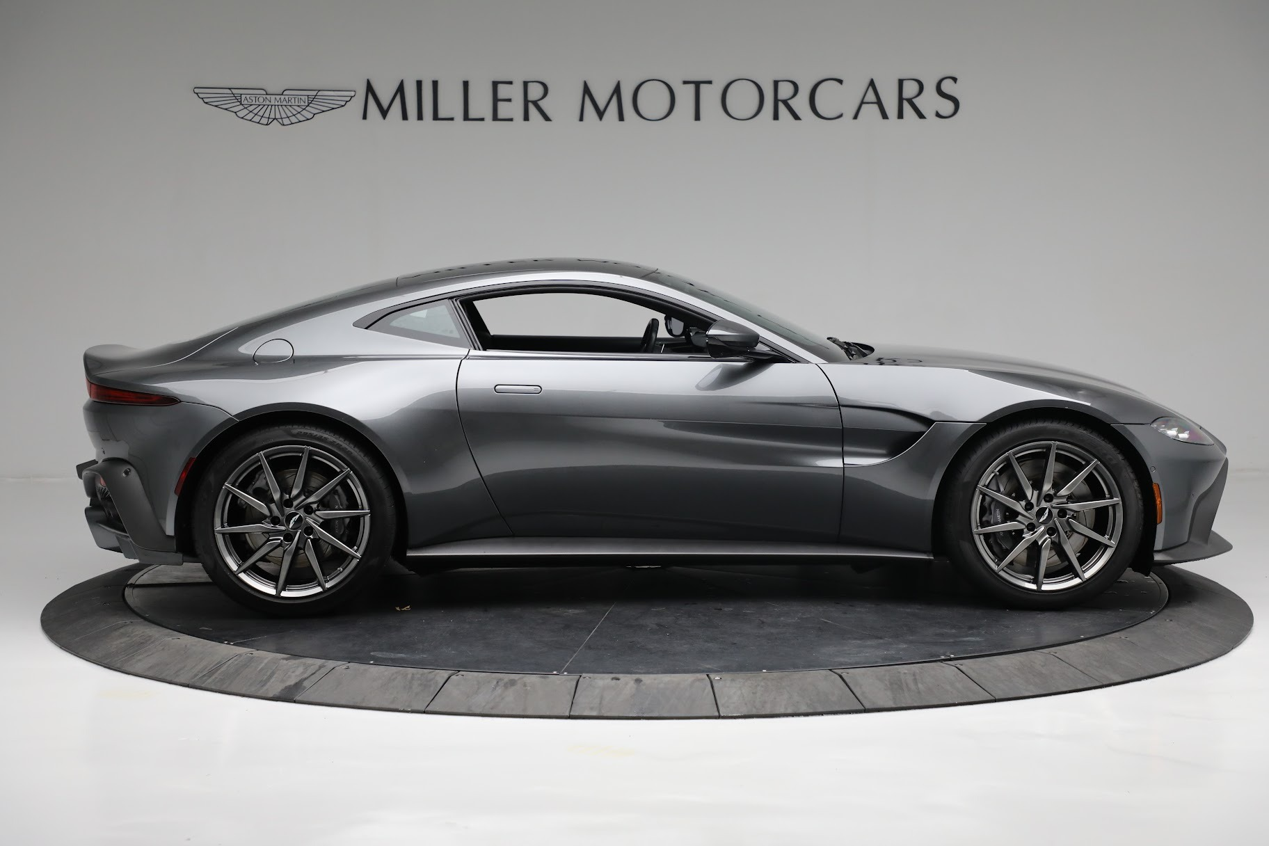 New 2019 Aston Martin Vantage Coupe For Sale In Westport, CT 3032_p8