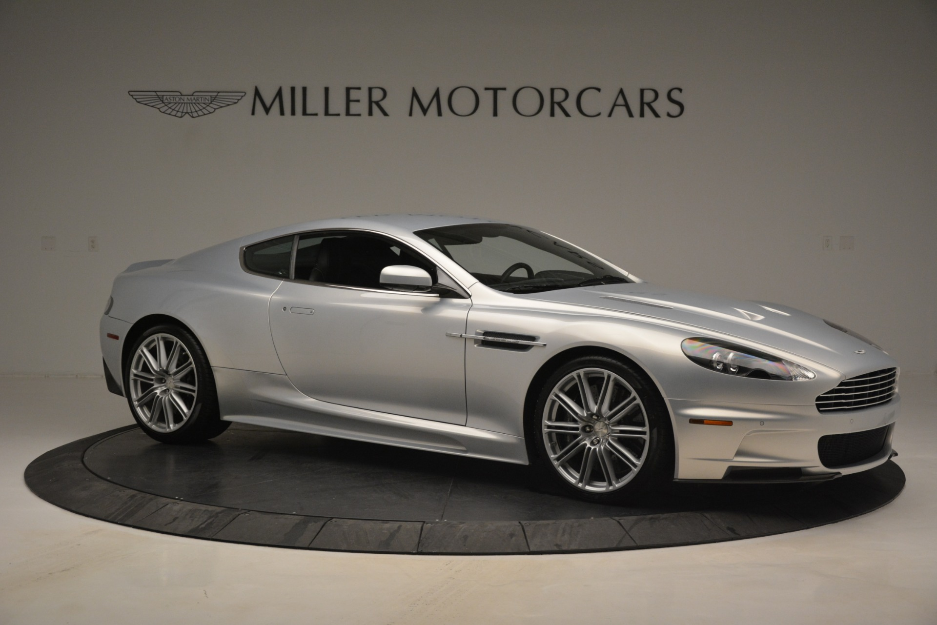 Used 2009 Aston Martin DBS  For Sale In Westport, CT 3033_p10